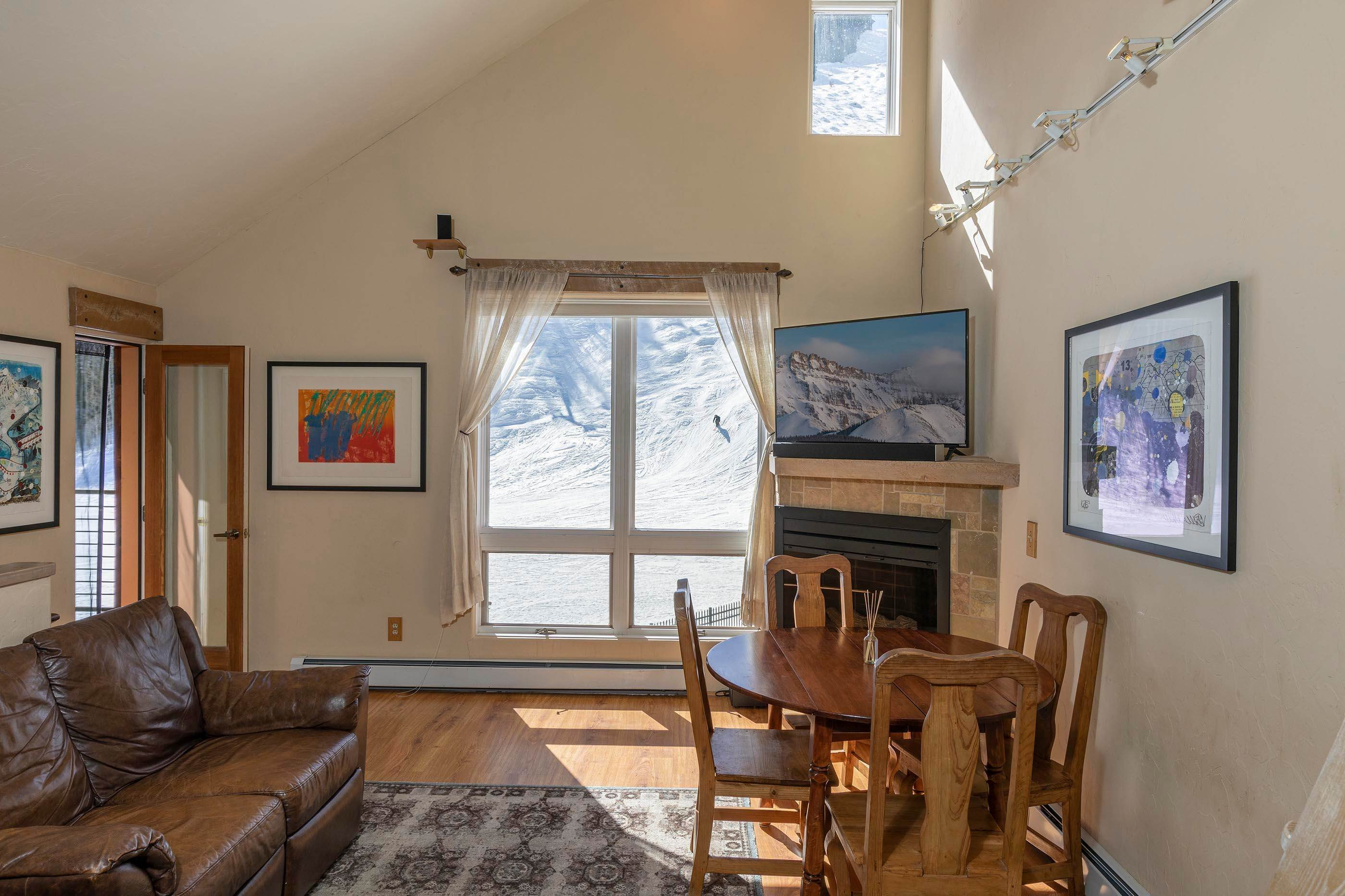 3. Condo for Active at 350 Mahoney Drive Telluride, Colorado 81435 United States