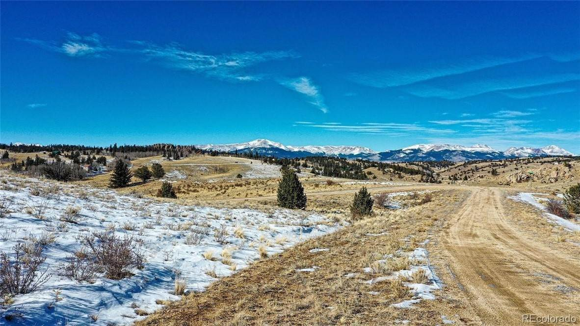 Land for Active at 67 Hacney Lane Como, Colorado 80432 United States