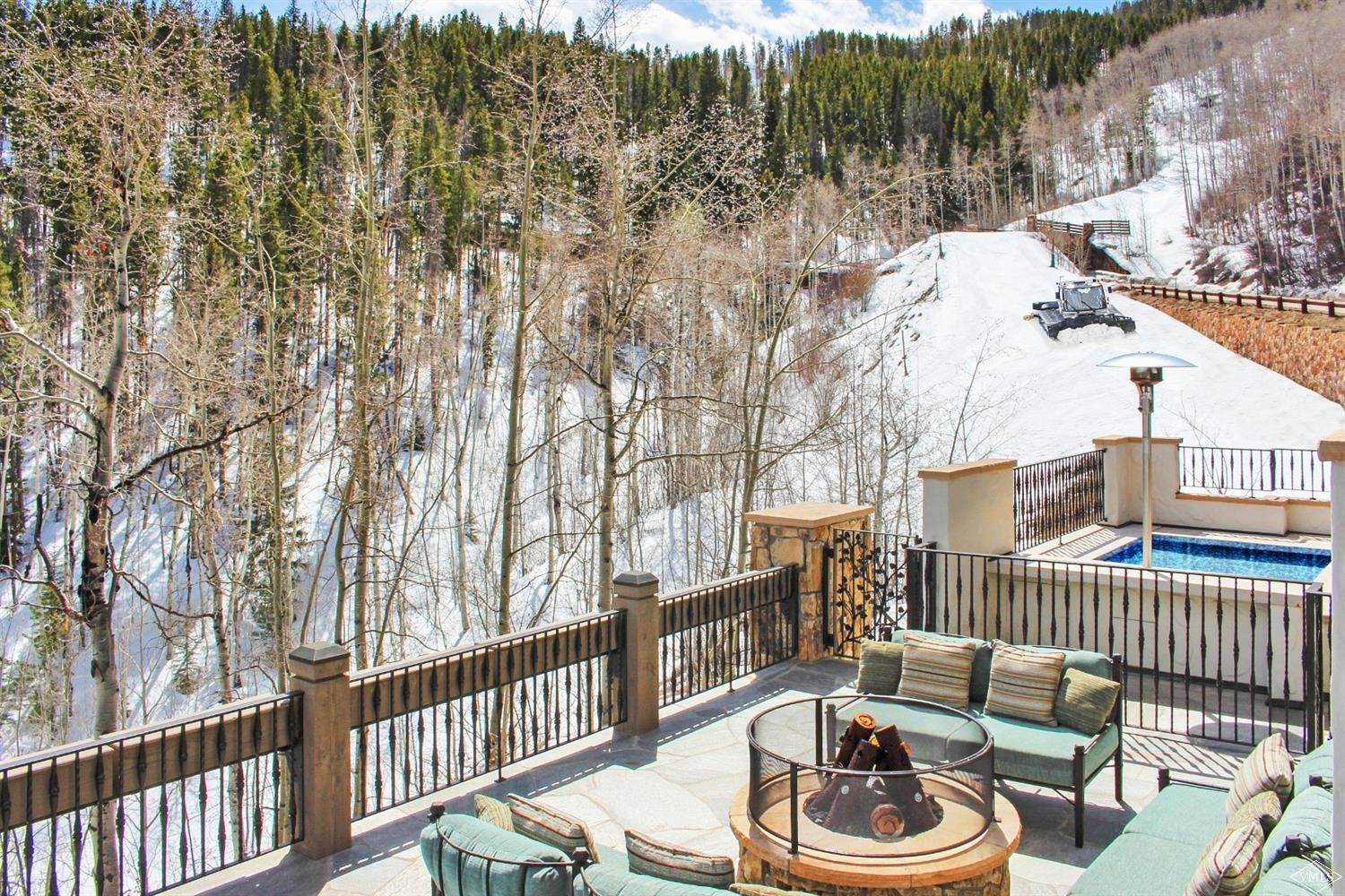 Single Family Homes for Active at 22 Strawberry Park Road Beaver Creek, Colorado 81620 United States