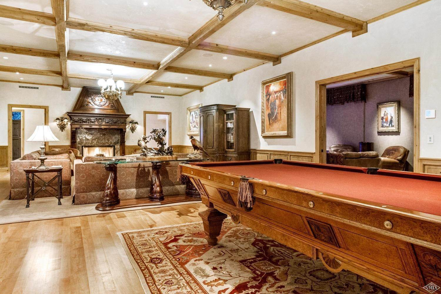 19. Single Family Homes for Active at 22 Strawberry Park Road Beaver Creek, Colorado 81620 United States