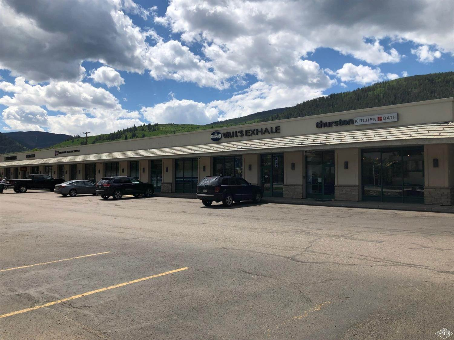 Retail for Active at 40814 Highway 6 Beaver Creek, Colorado 81620 United States