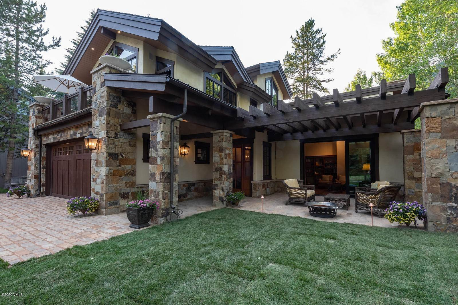 Single Family Homes for Active at 1163 Cabin Circle Vail, Colorado 81657 United States