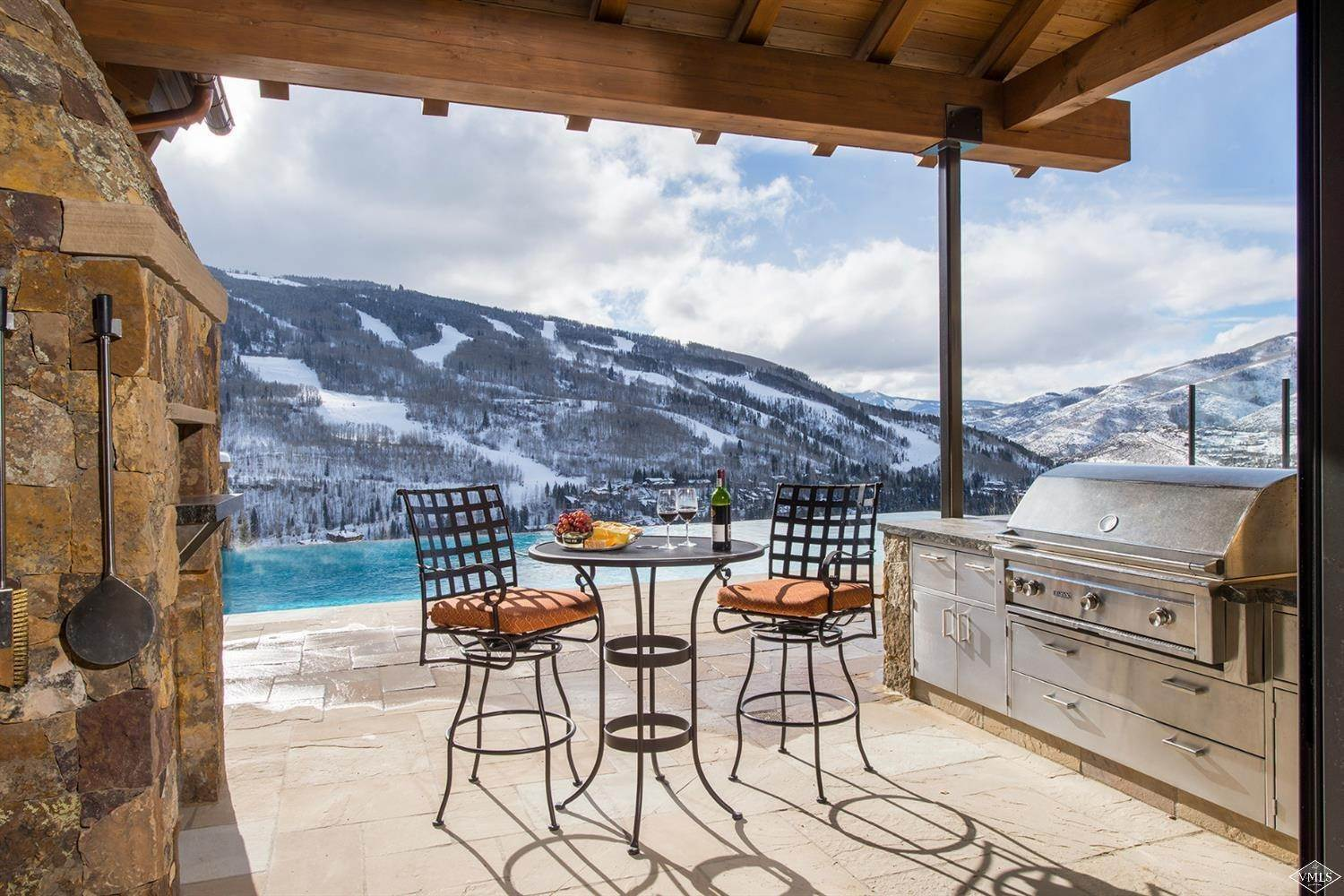 7. Single Family Homes for Active at 1000 Spraddle Creek Road Vail, Colorado 81657 United States