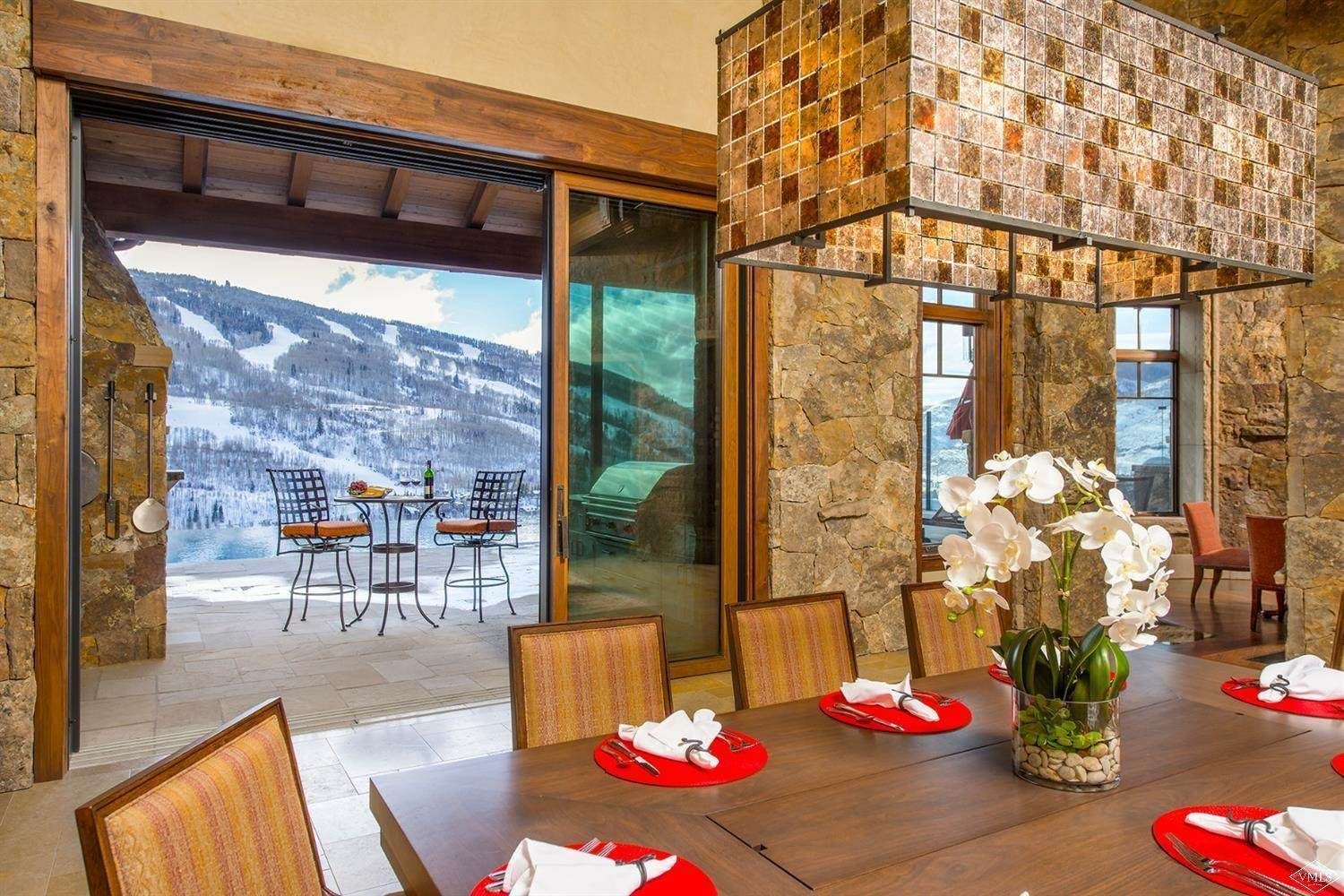 8. Single Family Homes for Active at 1000 Spraddle Creek Road Vail, Colorado 81657 United States