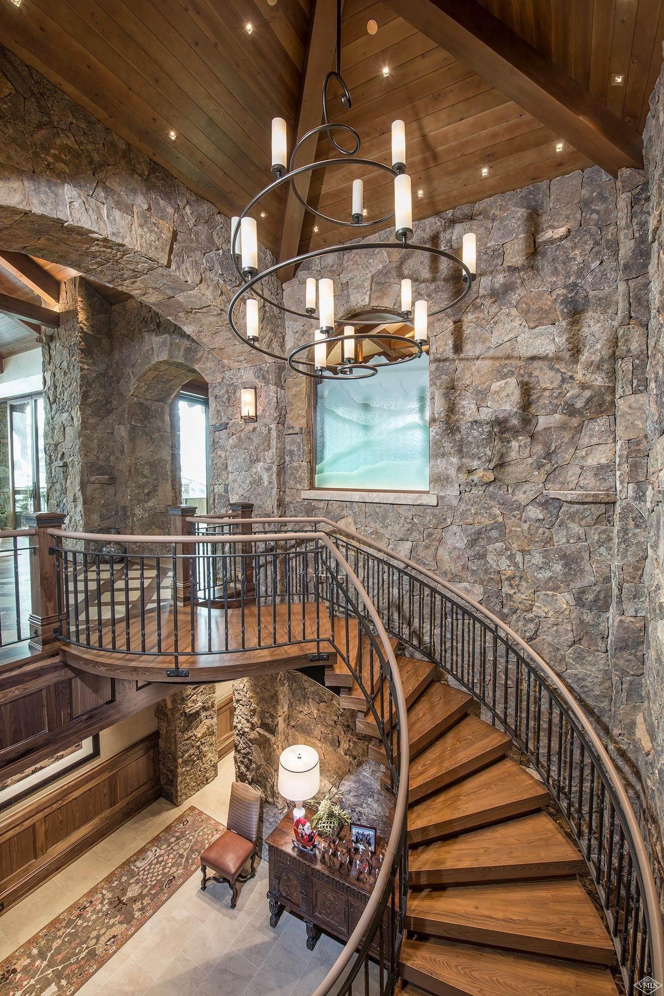 10. Single Family Homes for Active at 1000 Spraddle Creek Road Vail, Colorado 81657 United States