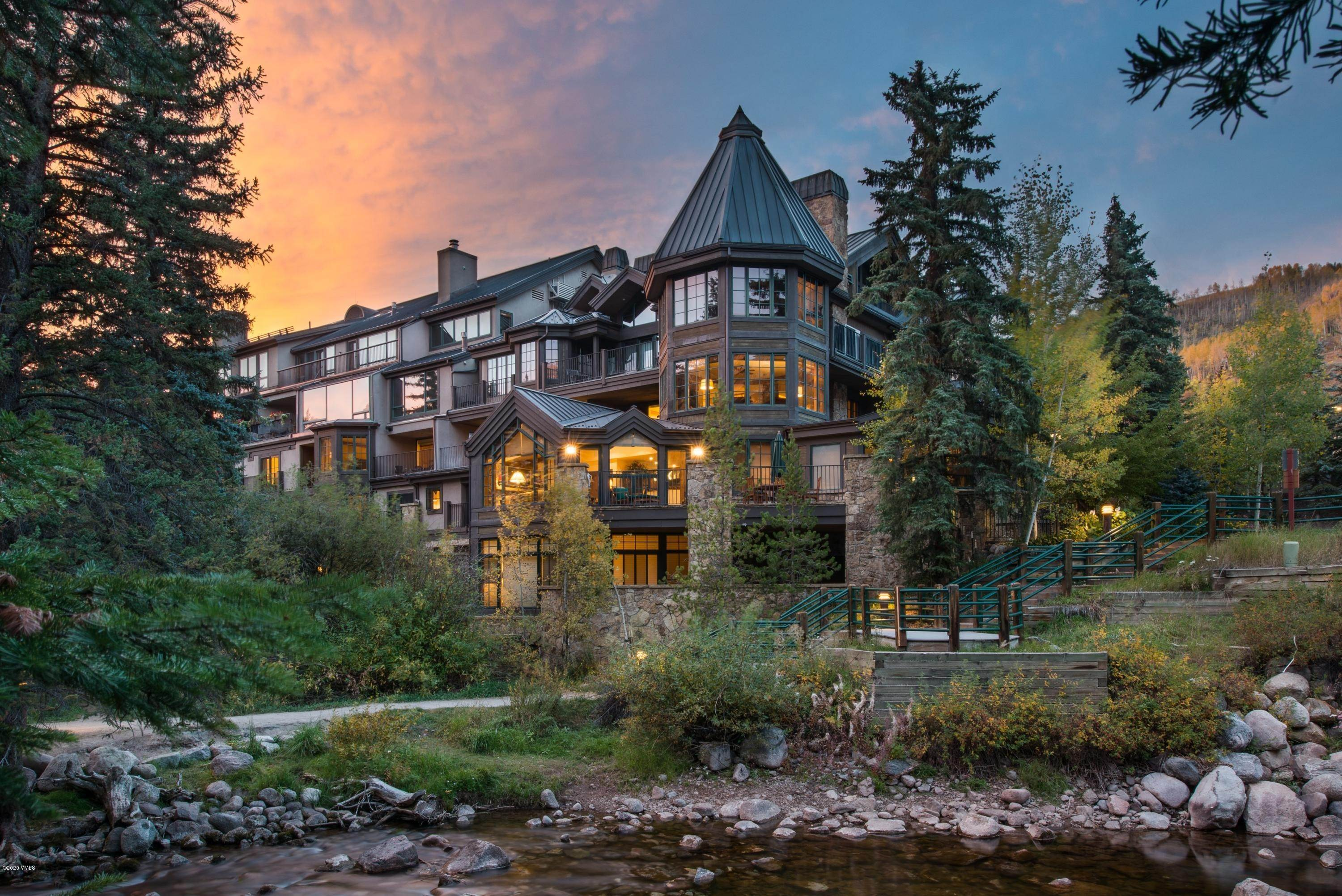 Condominiums for Active at 352 Meadow Drive Vail, Colorado 81657 United States