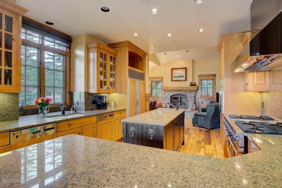 5. Single Family Homes for Active at 1026 Bachelor Ridge Road Edwards, Colorado 81632 United States