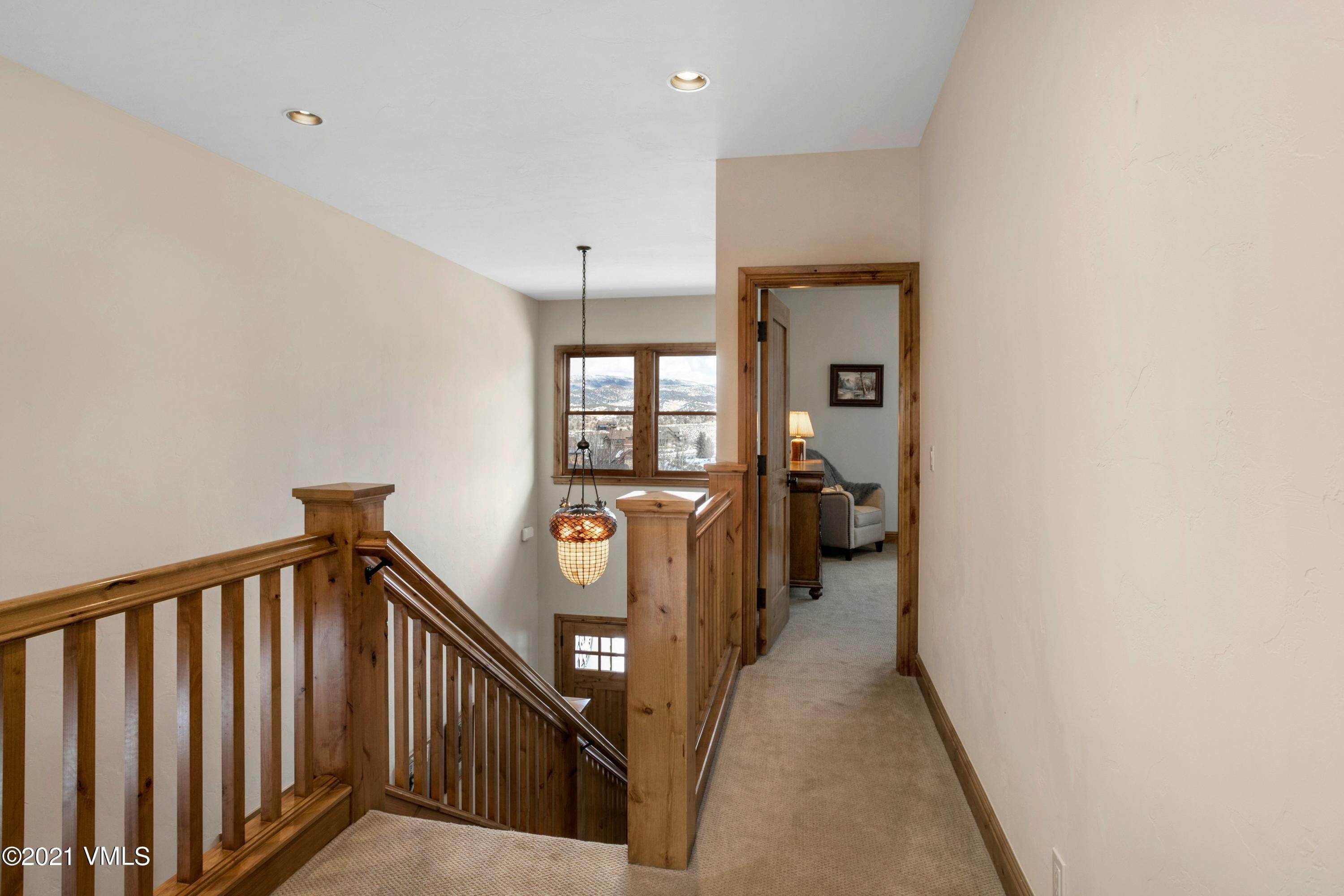 20. Single Family Homes for Active at 341 Harrier Circle Eagle, Colorado 81632 United States