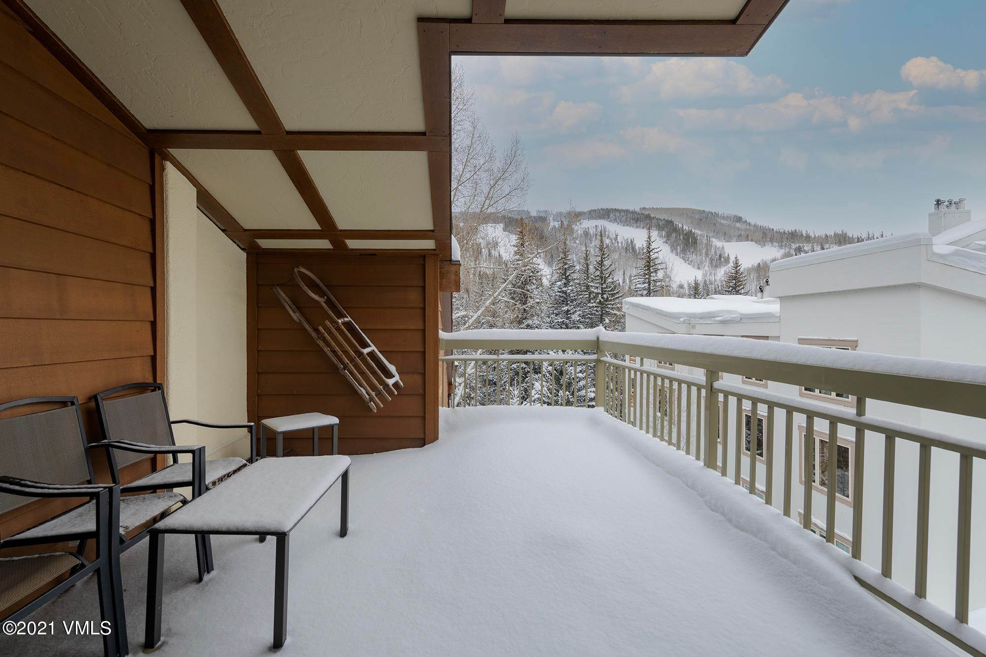 9. Condominiums for Active at 390 Lionshead Circle Vail, Colorado 81657 United States