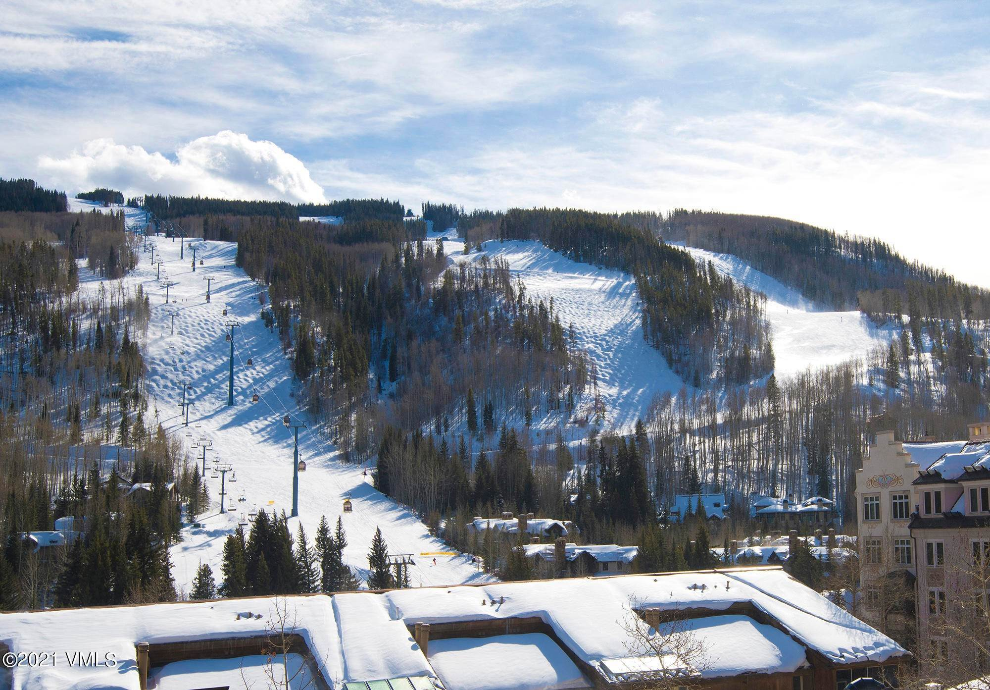 14. Condominiums for Active at 521 Lionshead Circle Vail, Colorado 81657 United States