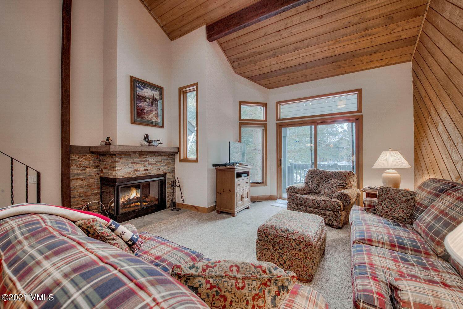 3. Condominiums for Active at 121 Willis Place Beaver Creek, Colorado 81620 United States