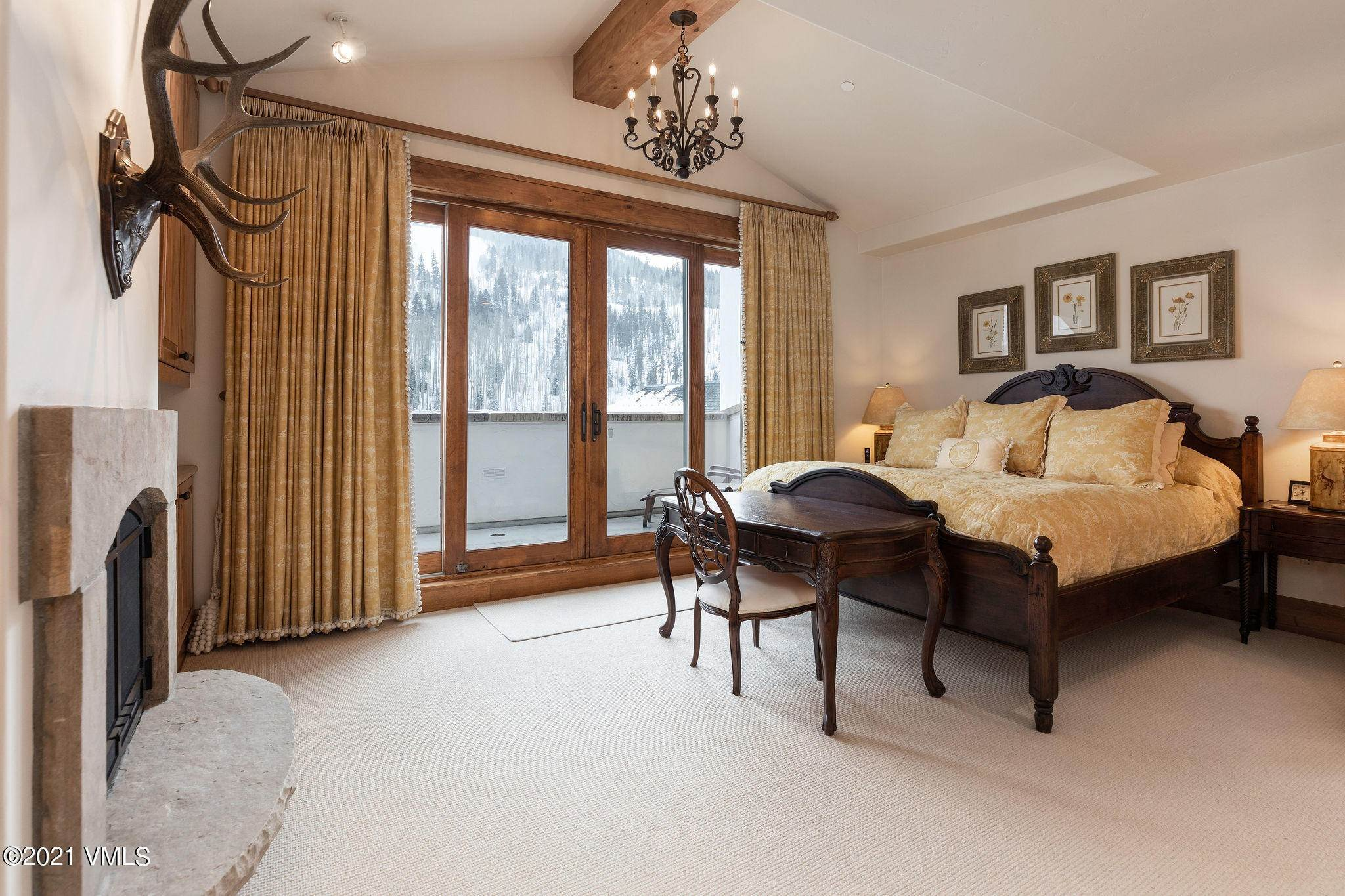 9. Condominiums for Active at 720 Lionshead Circle Vail, Colorado 81657 United States