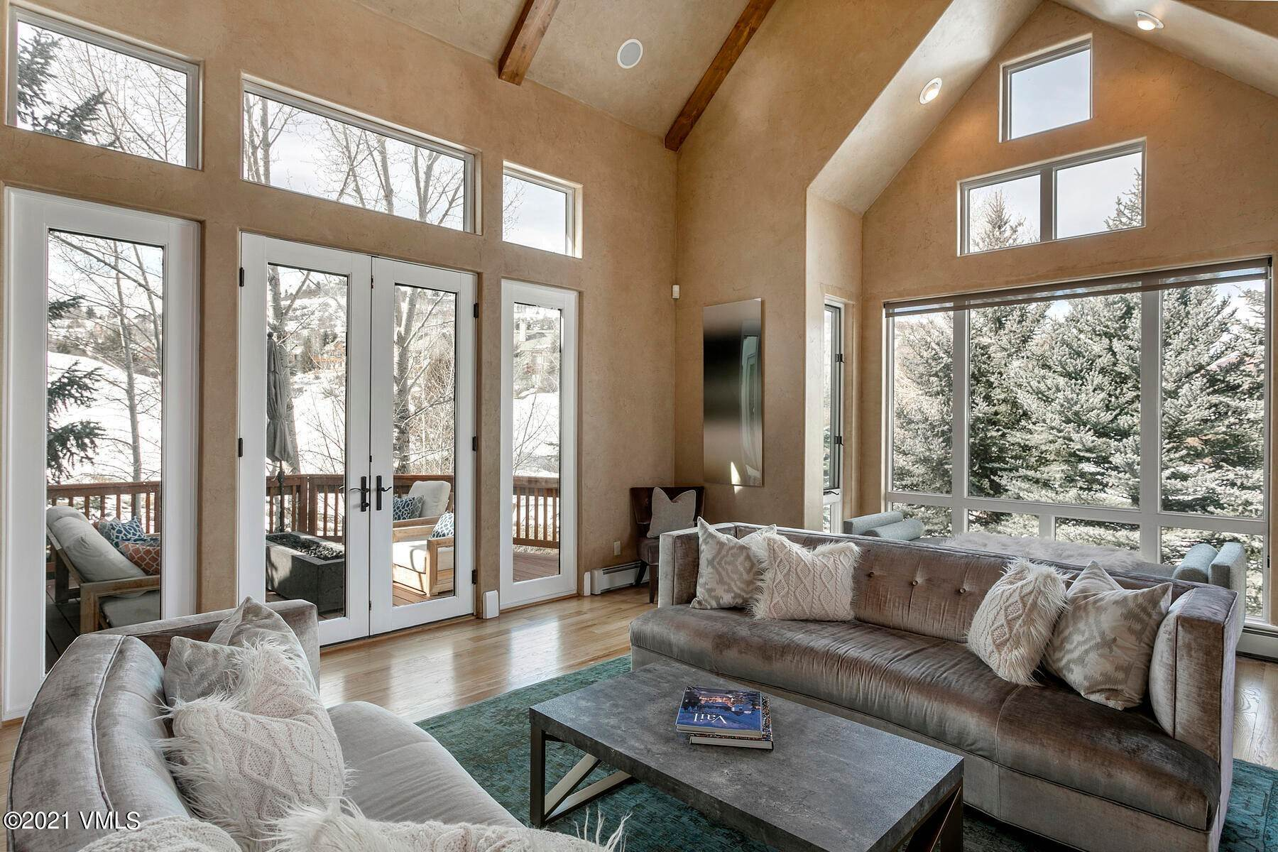 3. Single Family Homes for Active at 517 Kensington Drive Edwards, Colorado 81632 United States