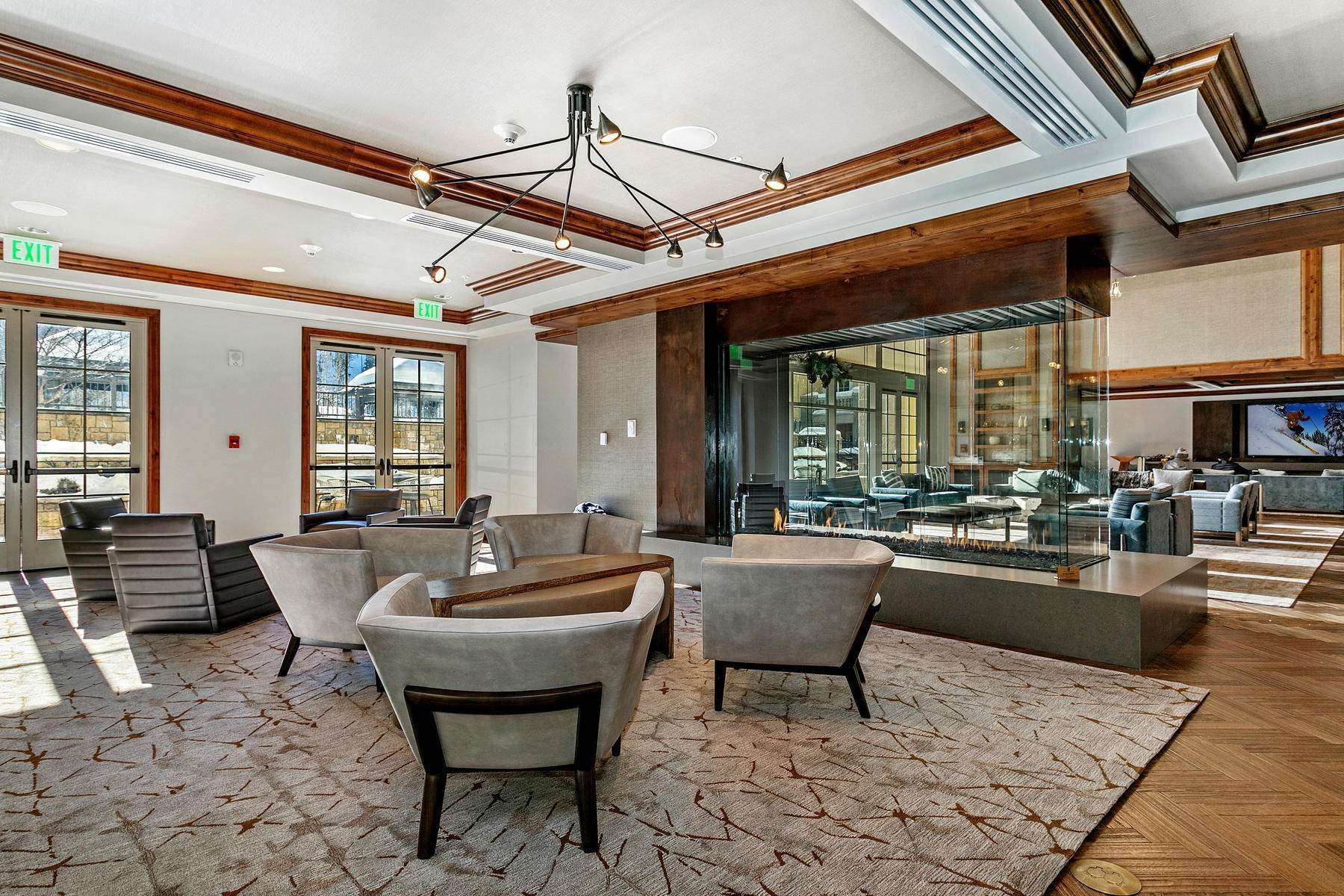 37. Condominiums for Active at The Ritz-Carlton Residences R-517 728 West Lionshead Circle R-517 Vail, Colorado 81657 United States