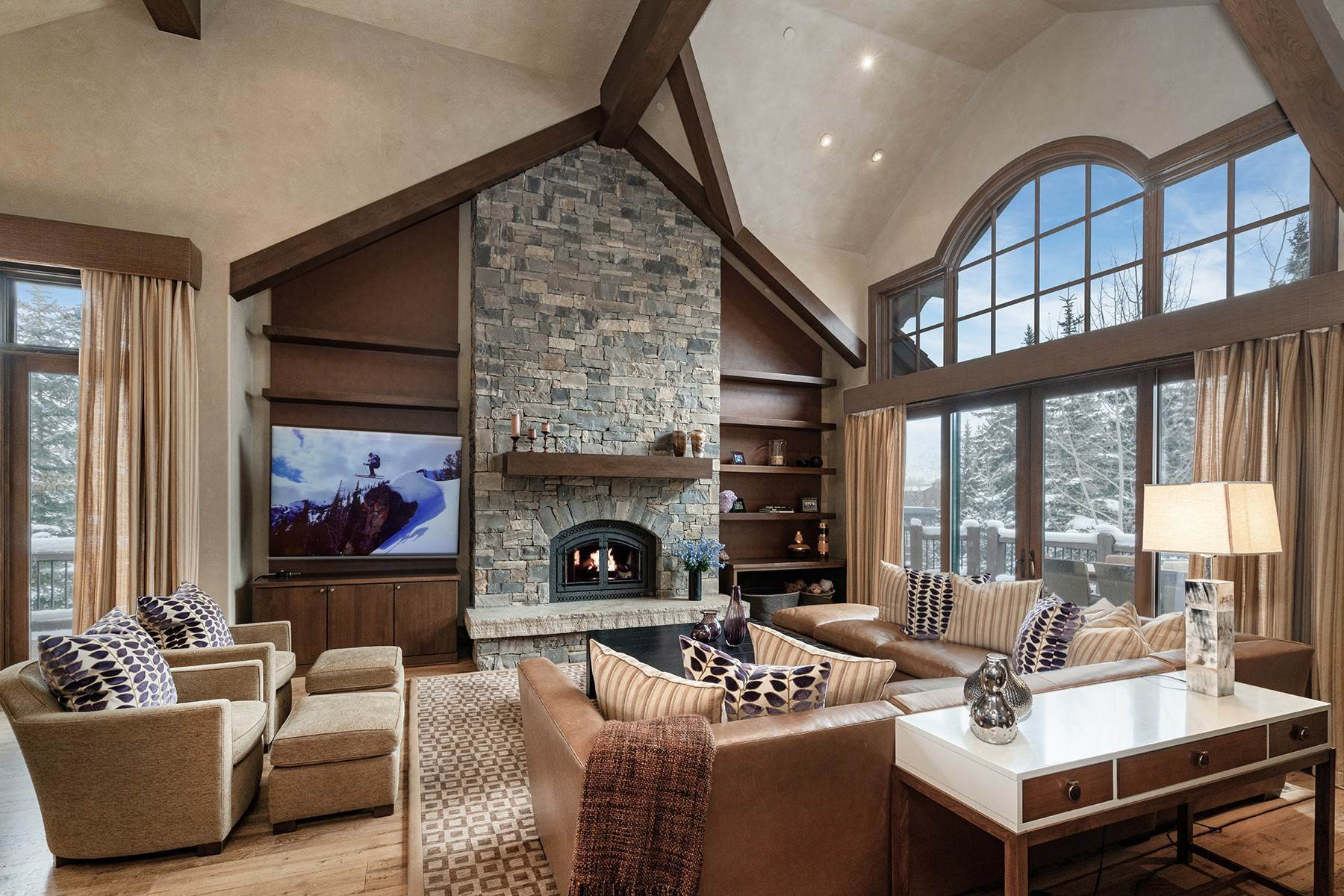 12. Single Family Homes for Active at Coveted Ski-In/Ski-Out in Vail 615 Forest Place Vail, Colorado 81657 United States