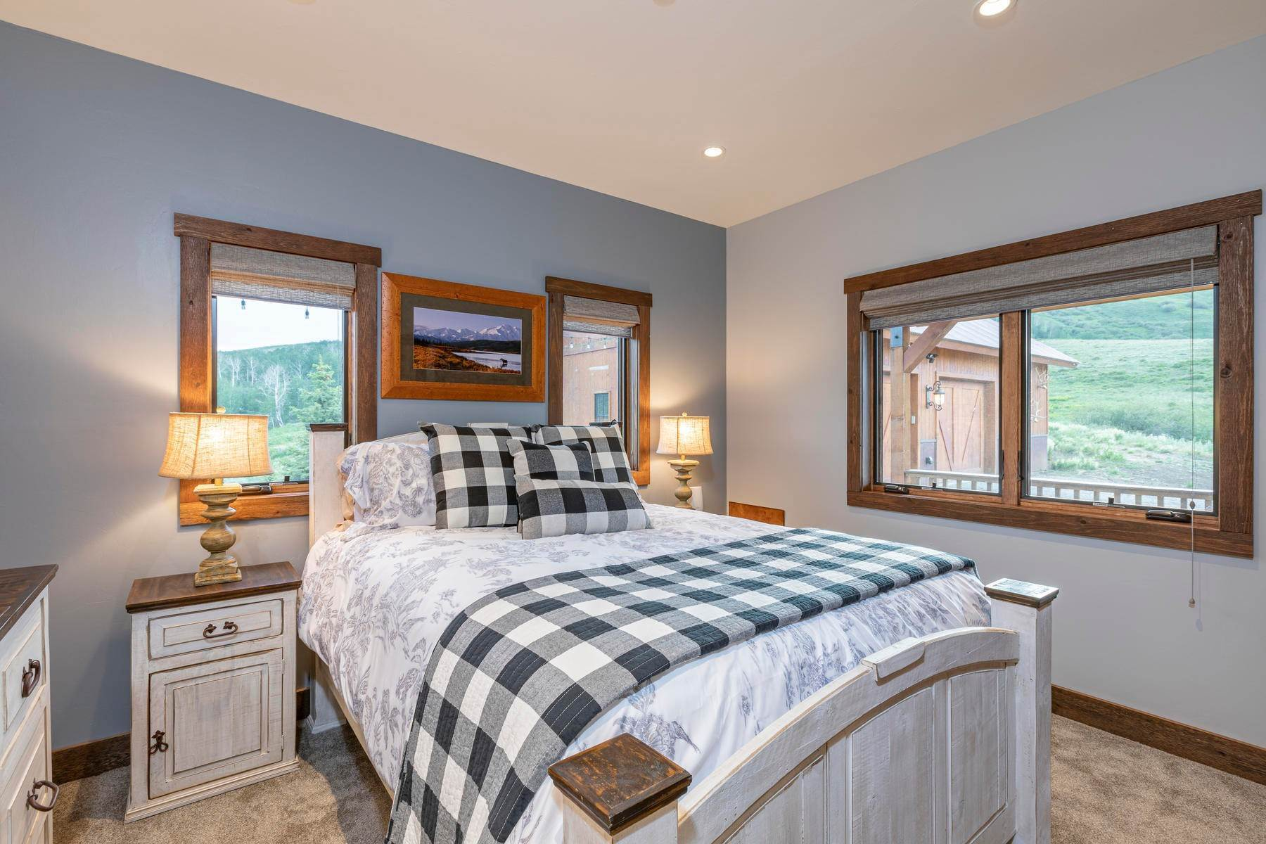 14. Single Family Homes for Active at 110 Wasatch Lane Ridgway, Colorado 81432 United States