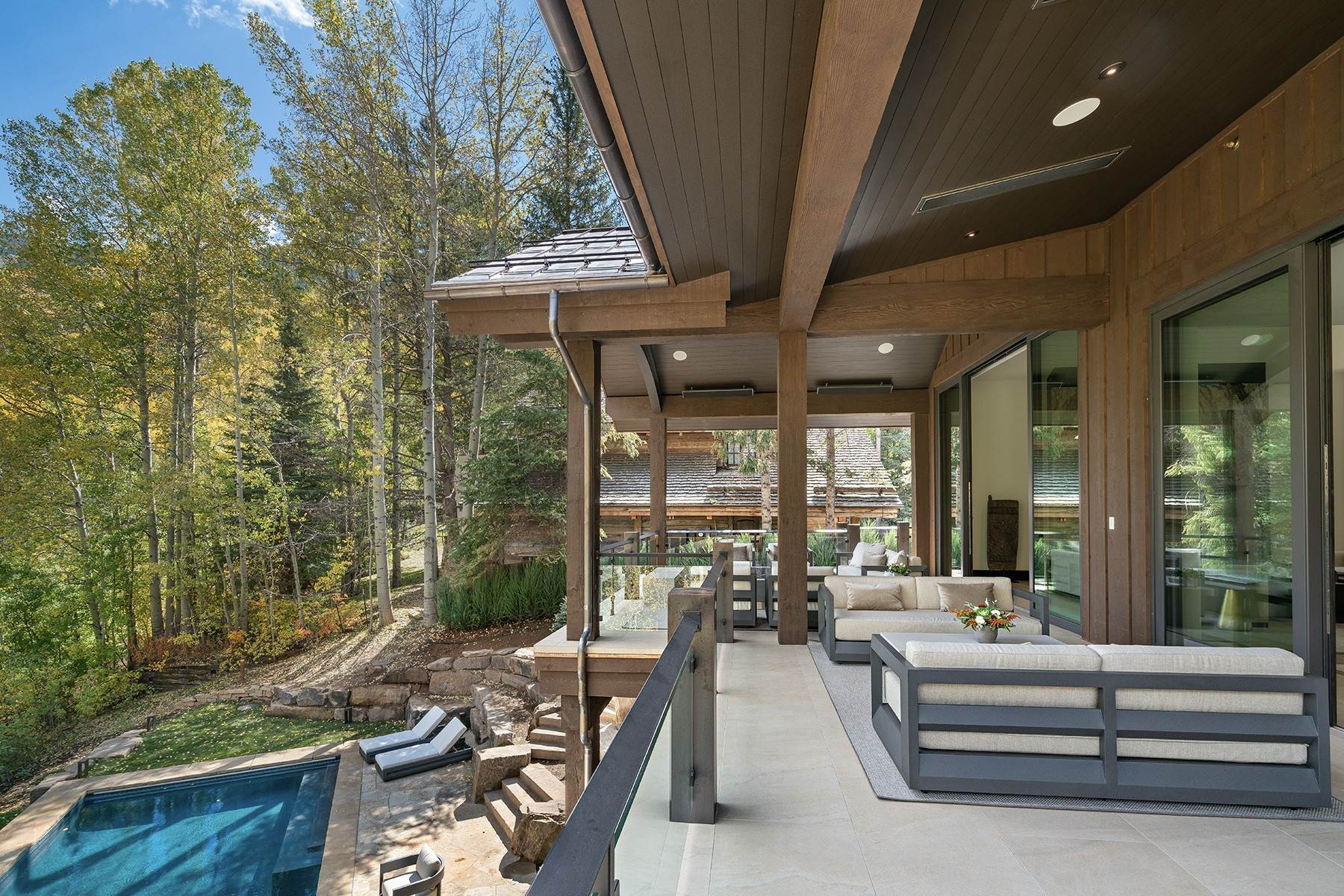 7. Single Family Homes for Active at Legendary Mountain Living 1183 Cabin Circle Vail, Colorado 81657 United States