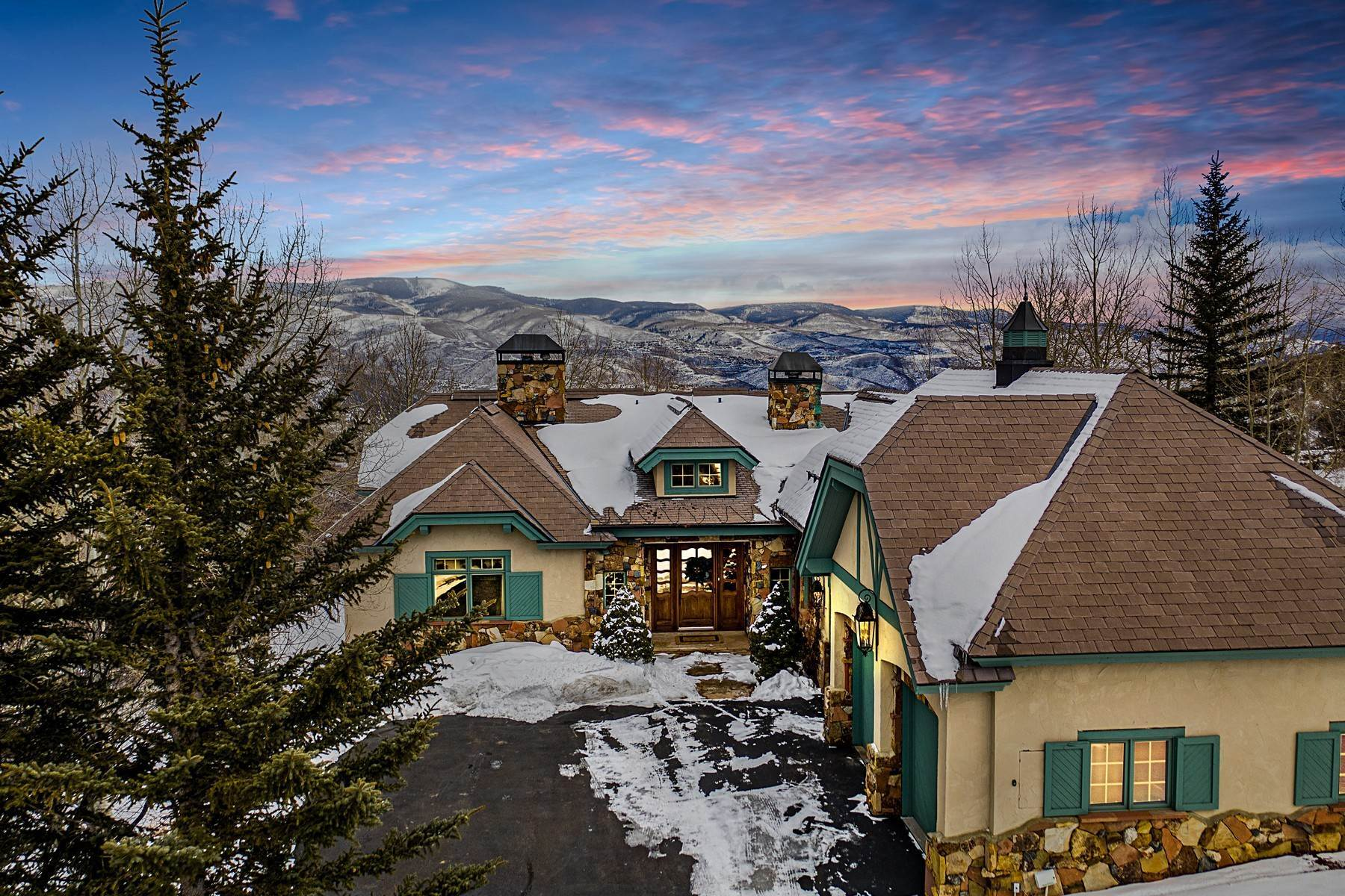 Single Family Homes for Active at Magnificent Luxury Home in Cordillera The Divide 205 Granada Hill Edwards, Colorado 81632 United States