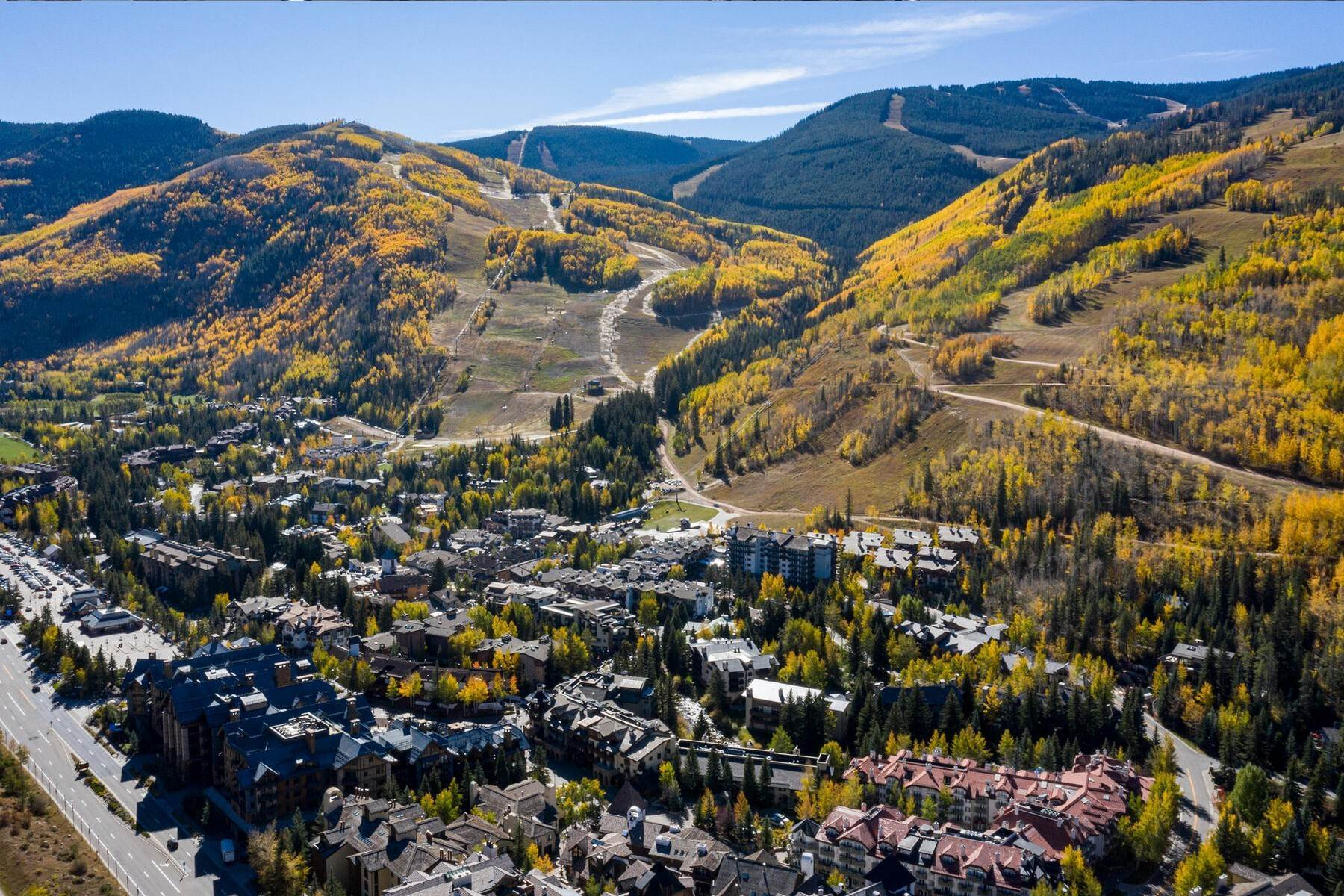 6. Condominiums for Active at Lodge at Vail Penthouse #411 174 Gore Creek Drive #411 Vail, Colorado 81657 United States