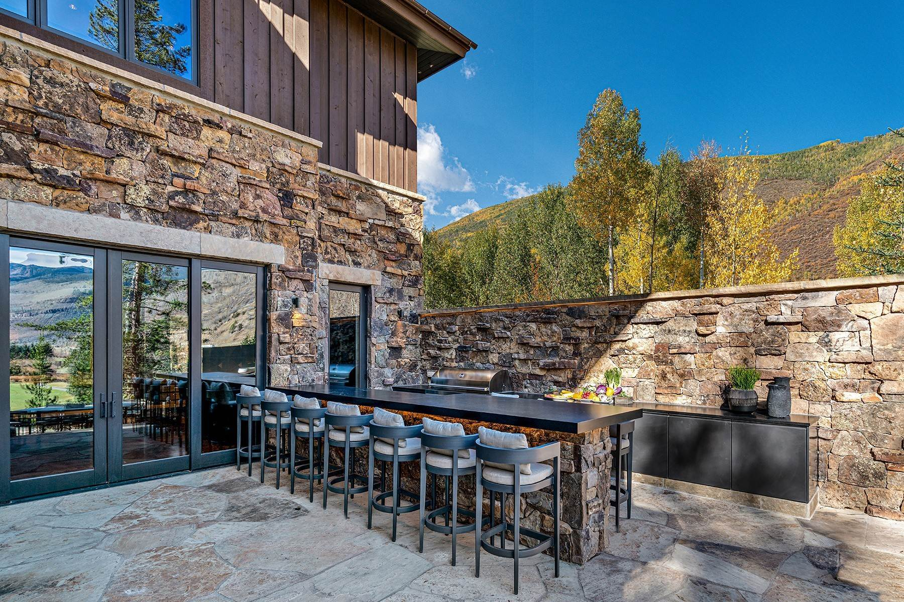37. Single Family Homes for Active at Legendary Mountain Living 1183 Cabin Circle Vail, Colorado 81657 United States