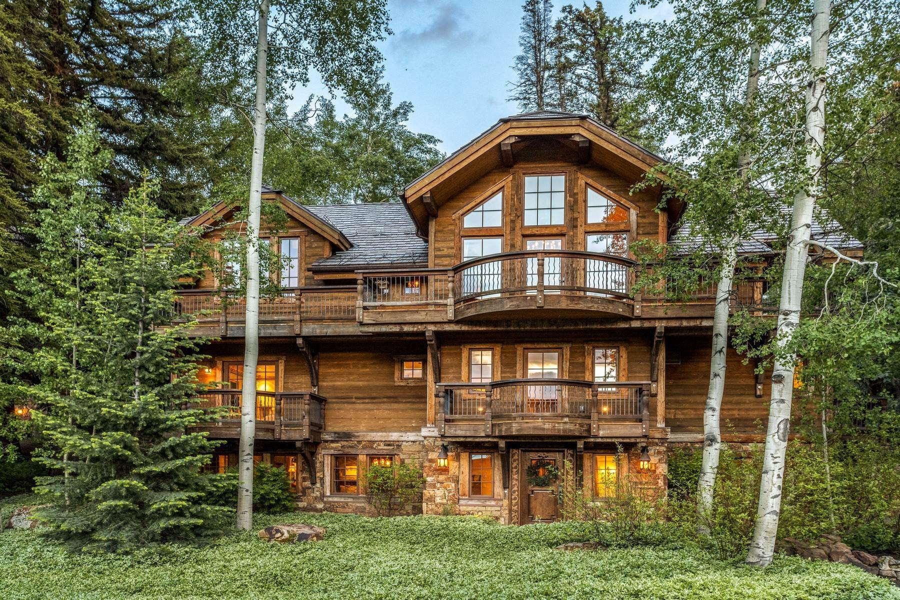 Single Family Homes for Active at Authentic ski estate, in a magical mountain setting 454 Beaver Dam Road Vail, Colorado 81657 United States