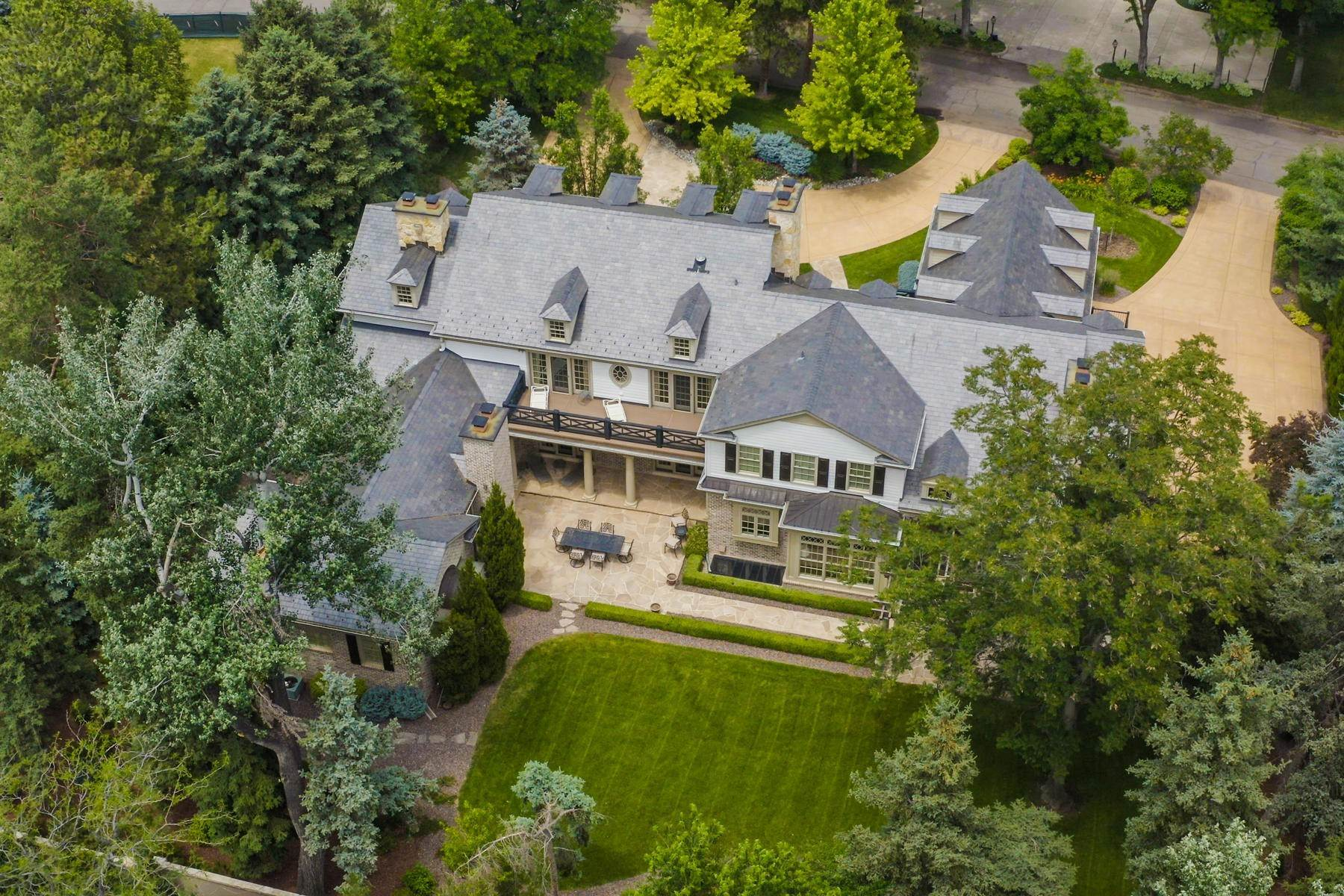 41. Single Family Homes for Active at Effortless Luxury Living Awaits in Prestigious Polo Club 40 Polo Club Circle Denver, Colorado 80209 United States