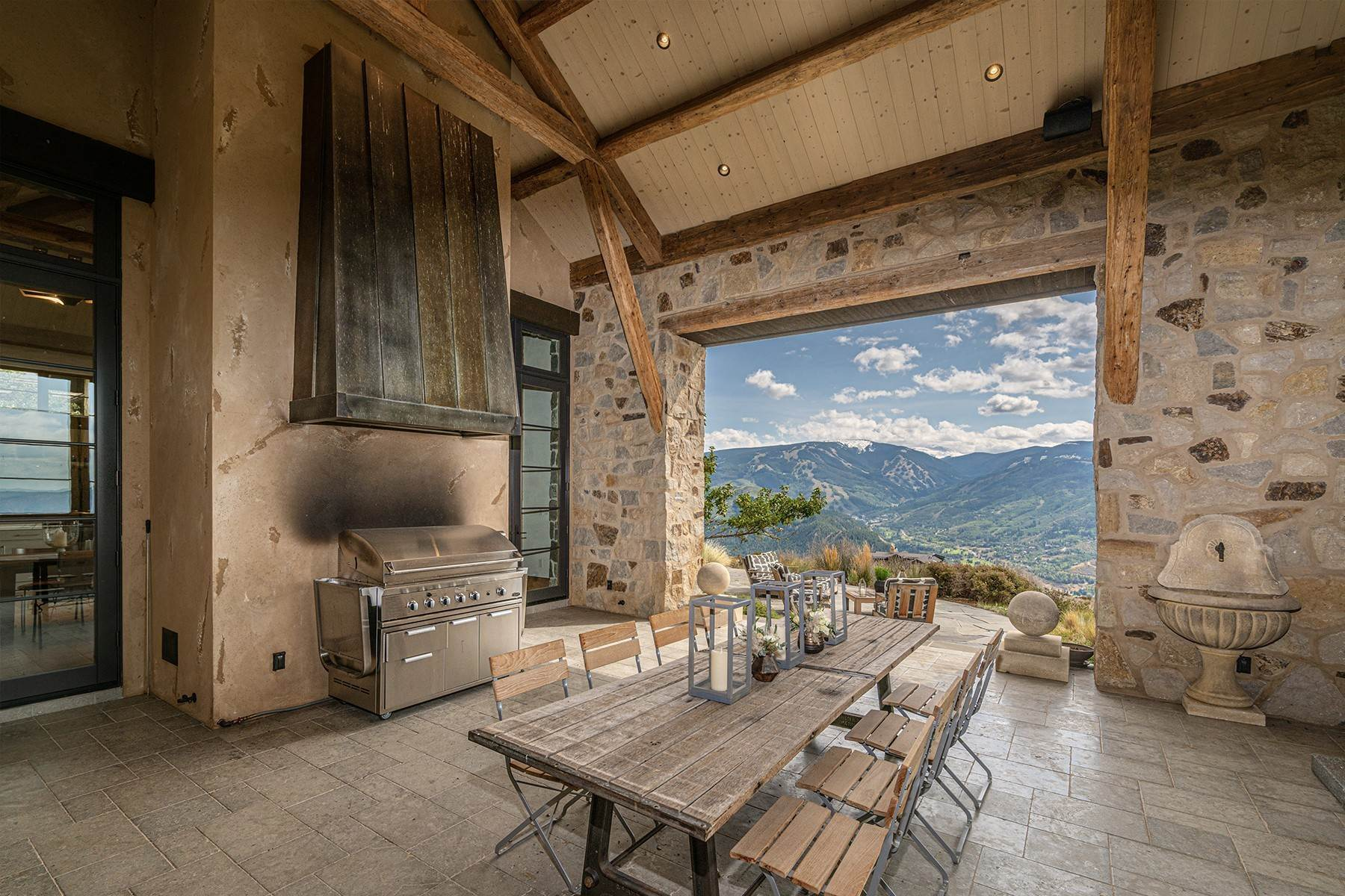 14. Single Family Homes for Active at Modern Mountaintop Luxury with Spectacular Views 587 Paintbrush Avon, Colorado 81620 United States