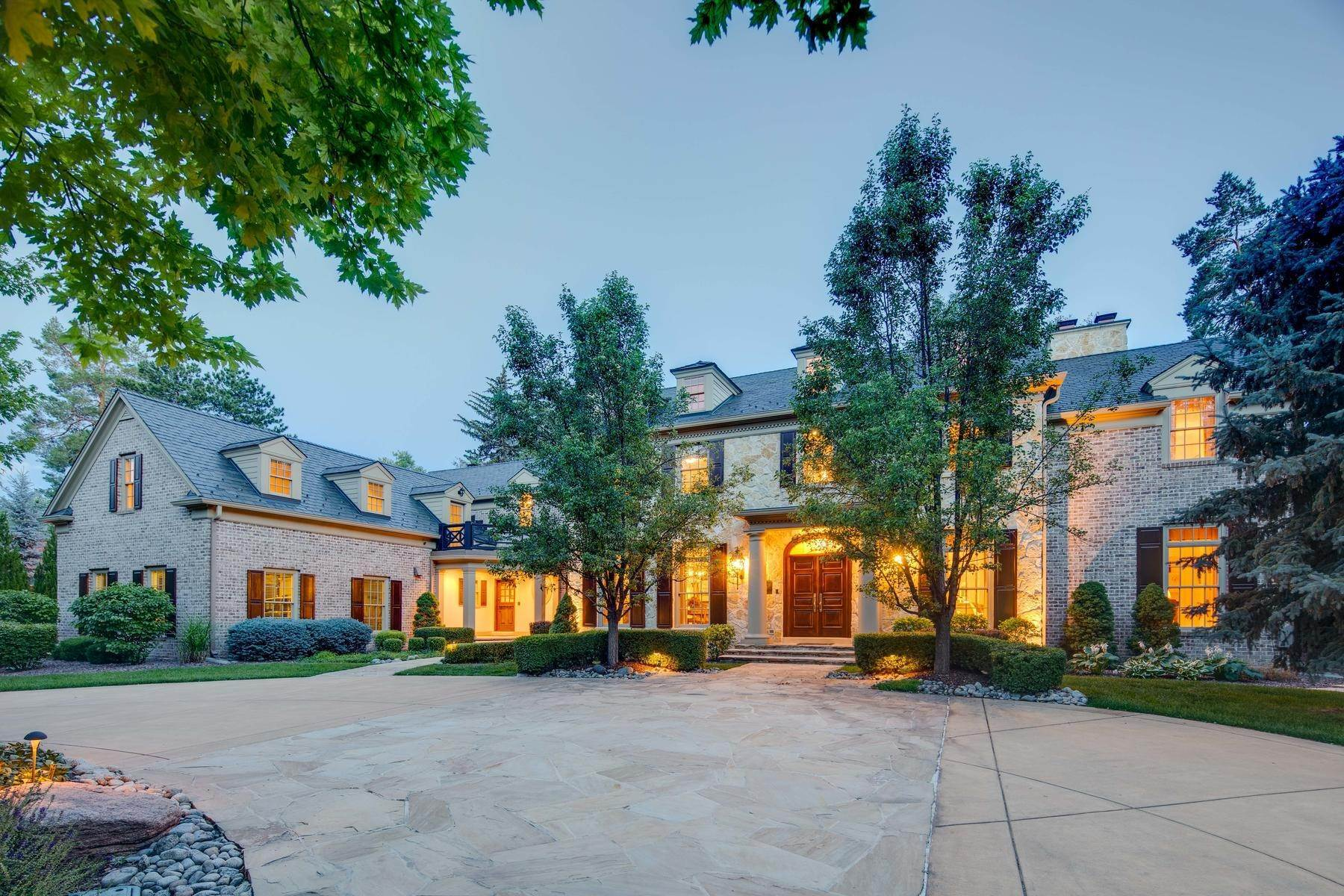 4. Single Family Homes for Active at Effortless Luxury Living Awaits in Prestigious Polo Club 40 Polo Club Circle Denver, Colorado 80209 United States