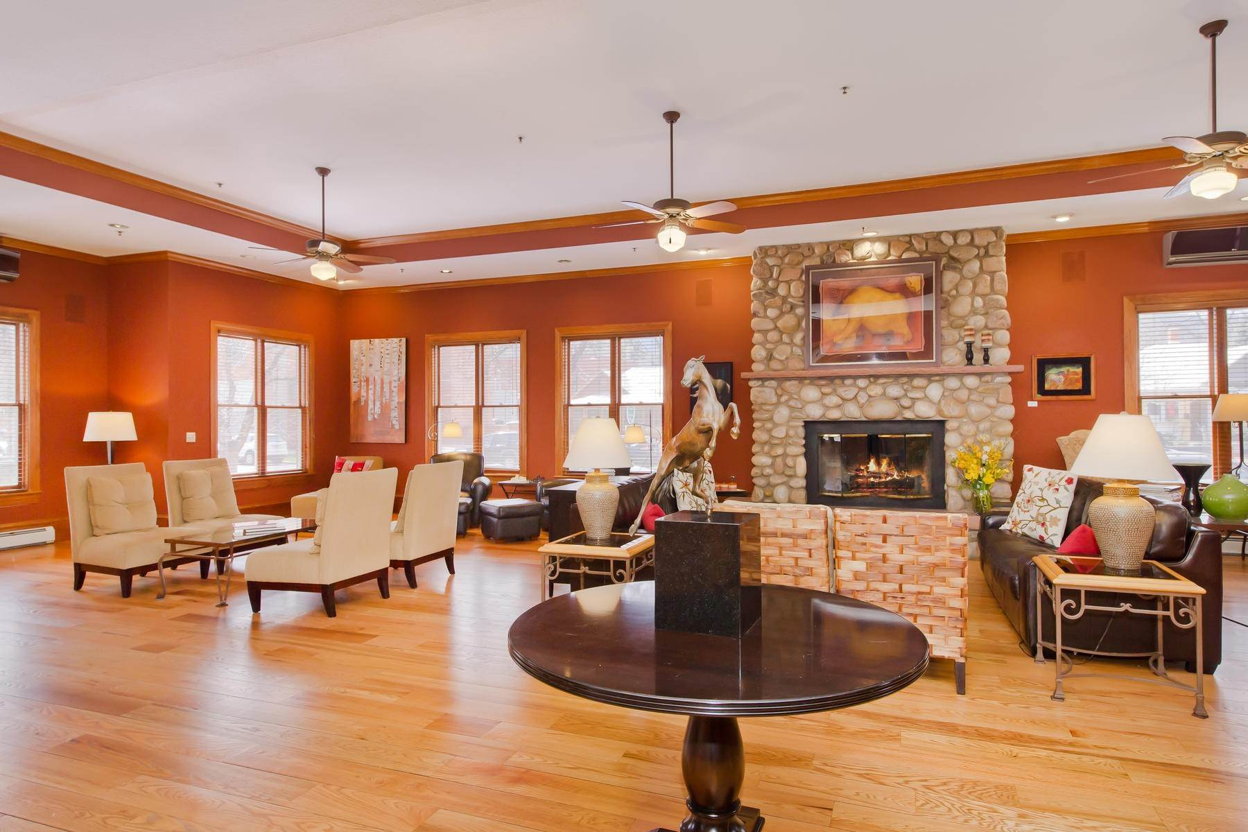 5. Single Family Homes for Active at The Bradley Boulder Inn 2040 16th St Boulder, Colorado 80302 United States