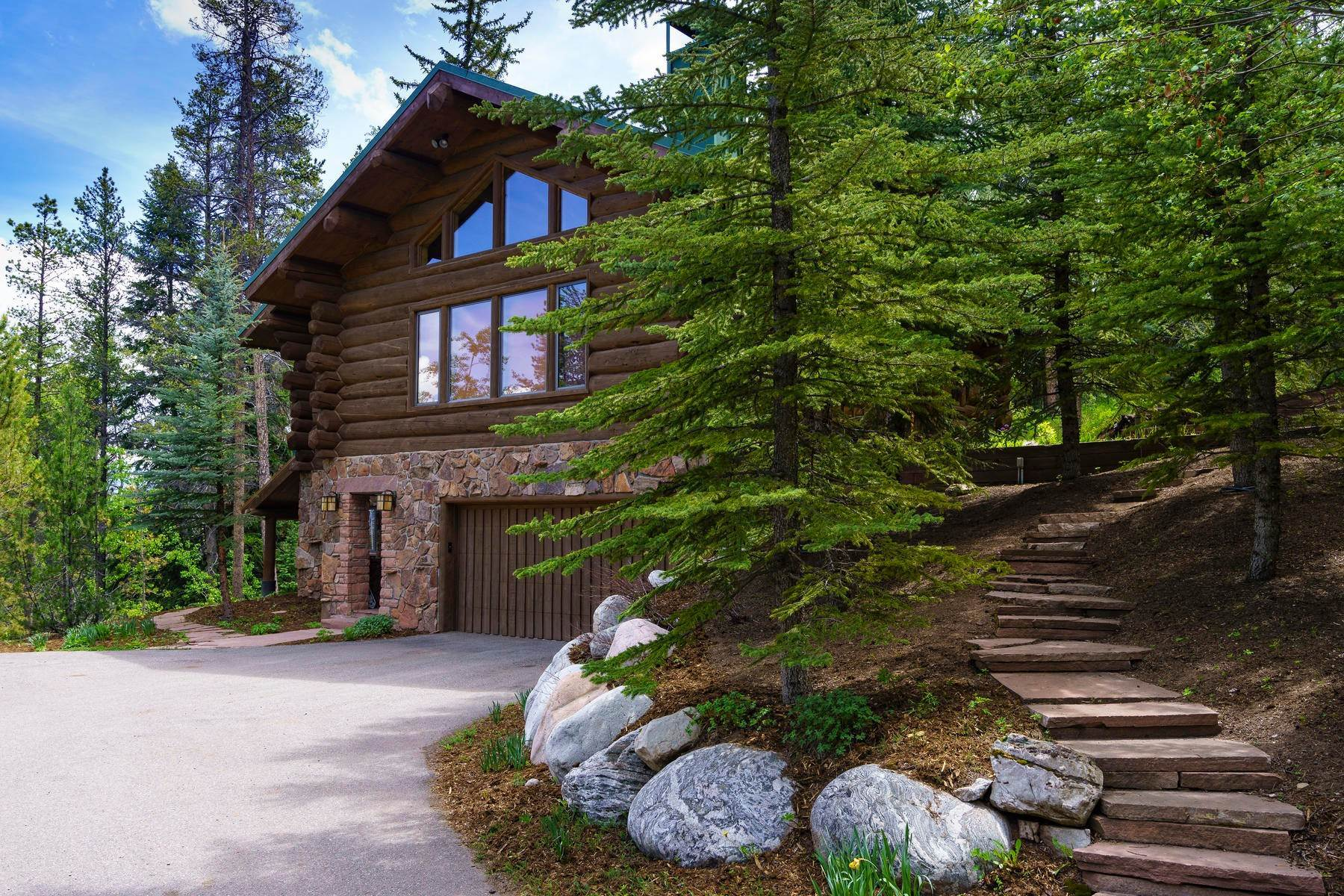 37. Single Family Homes for Active at Casteel Creek Retreat 25 Casteel Creek Road Edwards, Colorado 81632 United States