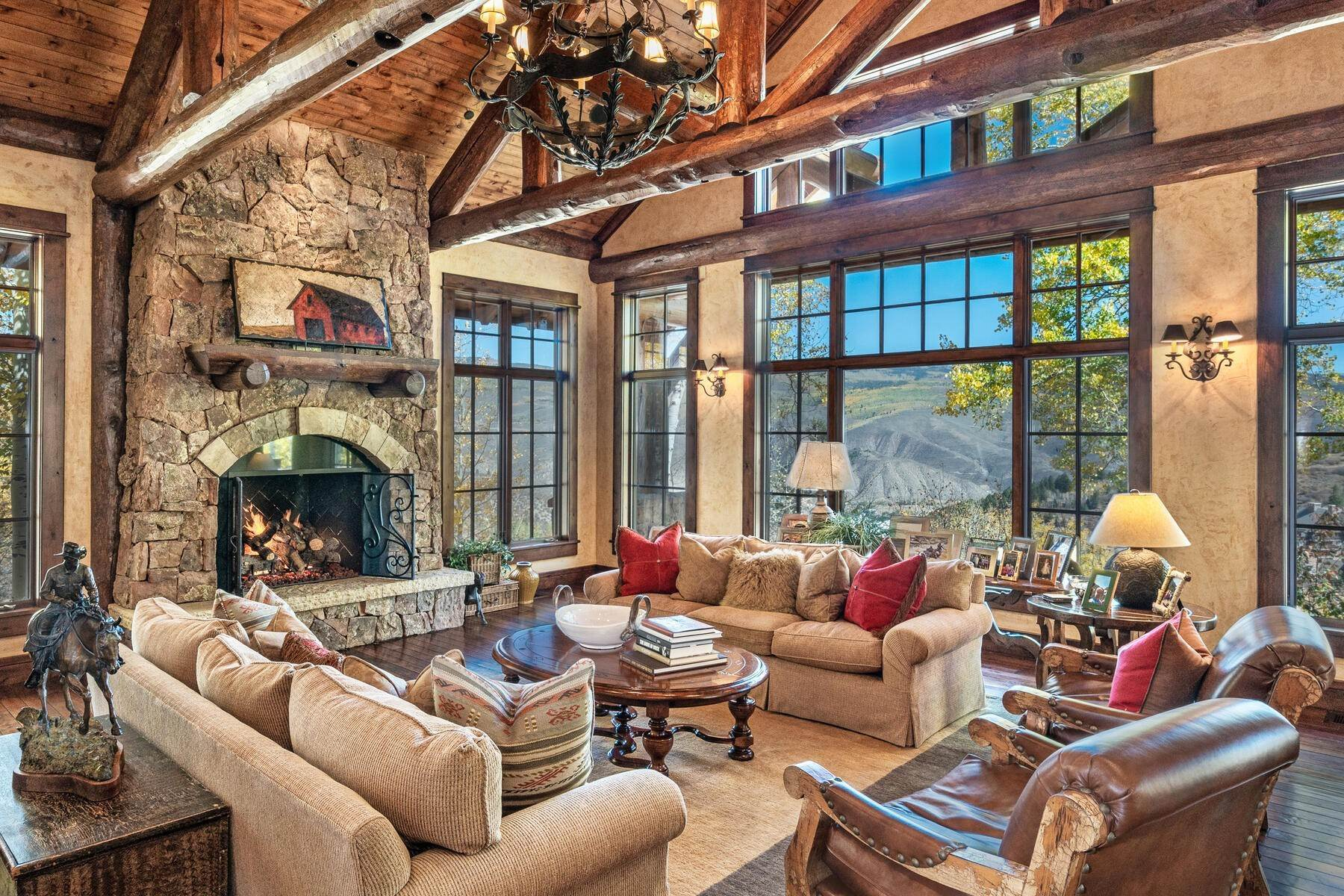 14. Single Family Homes for Active at Ski-in, ski-out residence with panoramic views 602 Bachelor Ridge Road Beaver Creek, Colorado 81620 United States