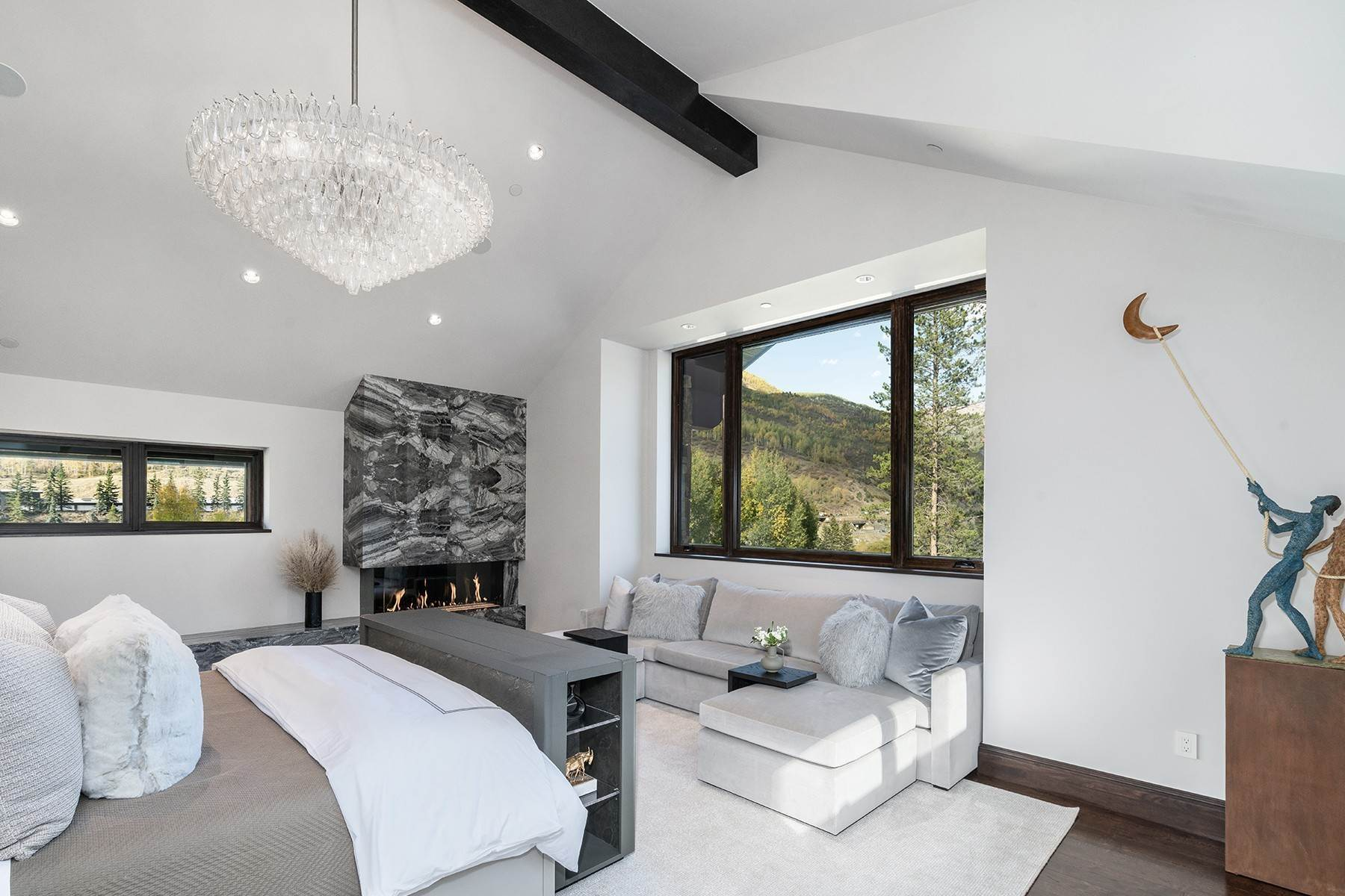 20. Single Family Homes for Active at Legendary Mountain Living 1183 Cabin Circle Vail, Colorado 81657 United States