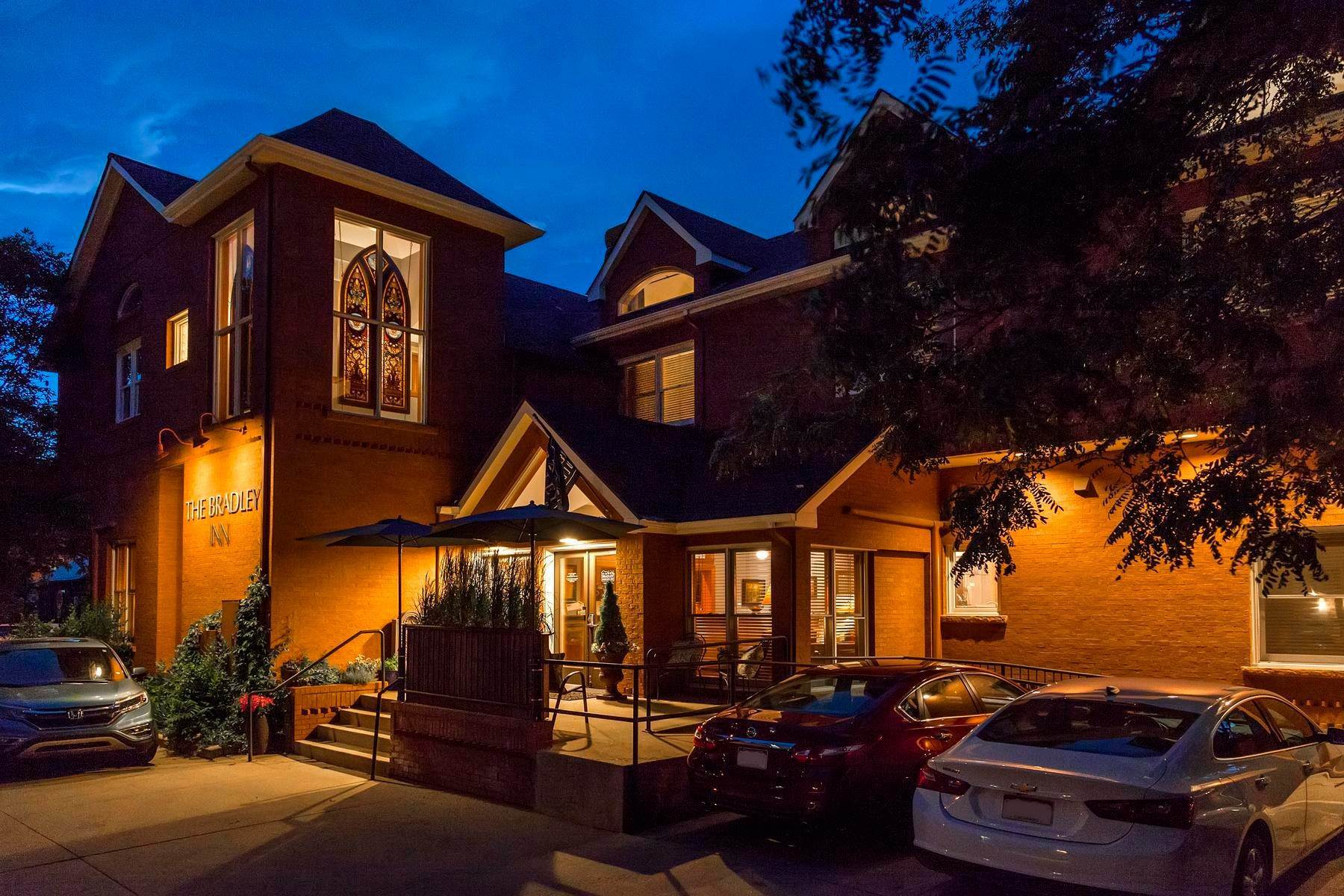 2. Single Family Homes for Active at The Bradley Boulder Inn 2040 16th St Boulder, Colorado 80302 United States