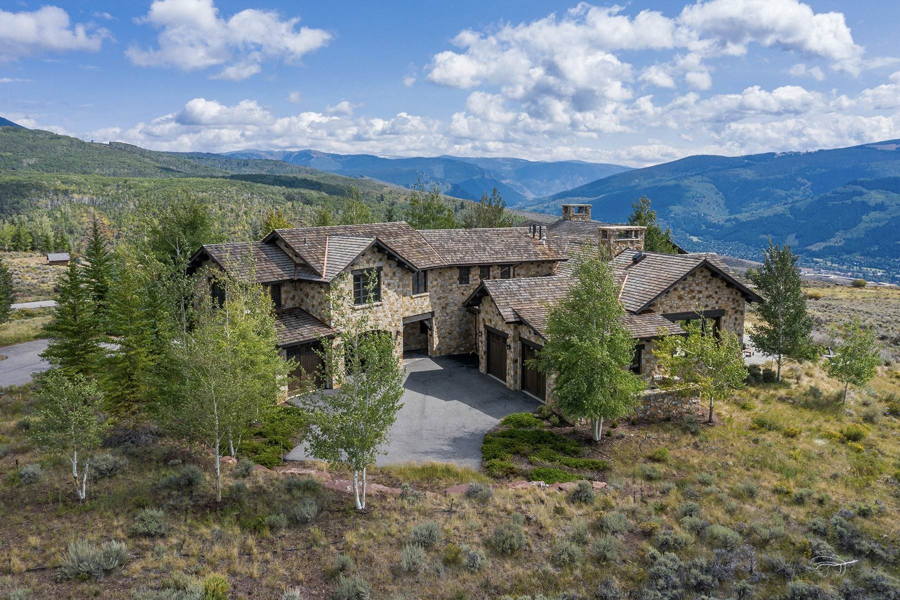 46. Single Family Homes for Active at Modern Mountaintop Luxury with Spectacular Views 587 Paintbrush Avon, Colorado 81620 United States