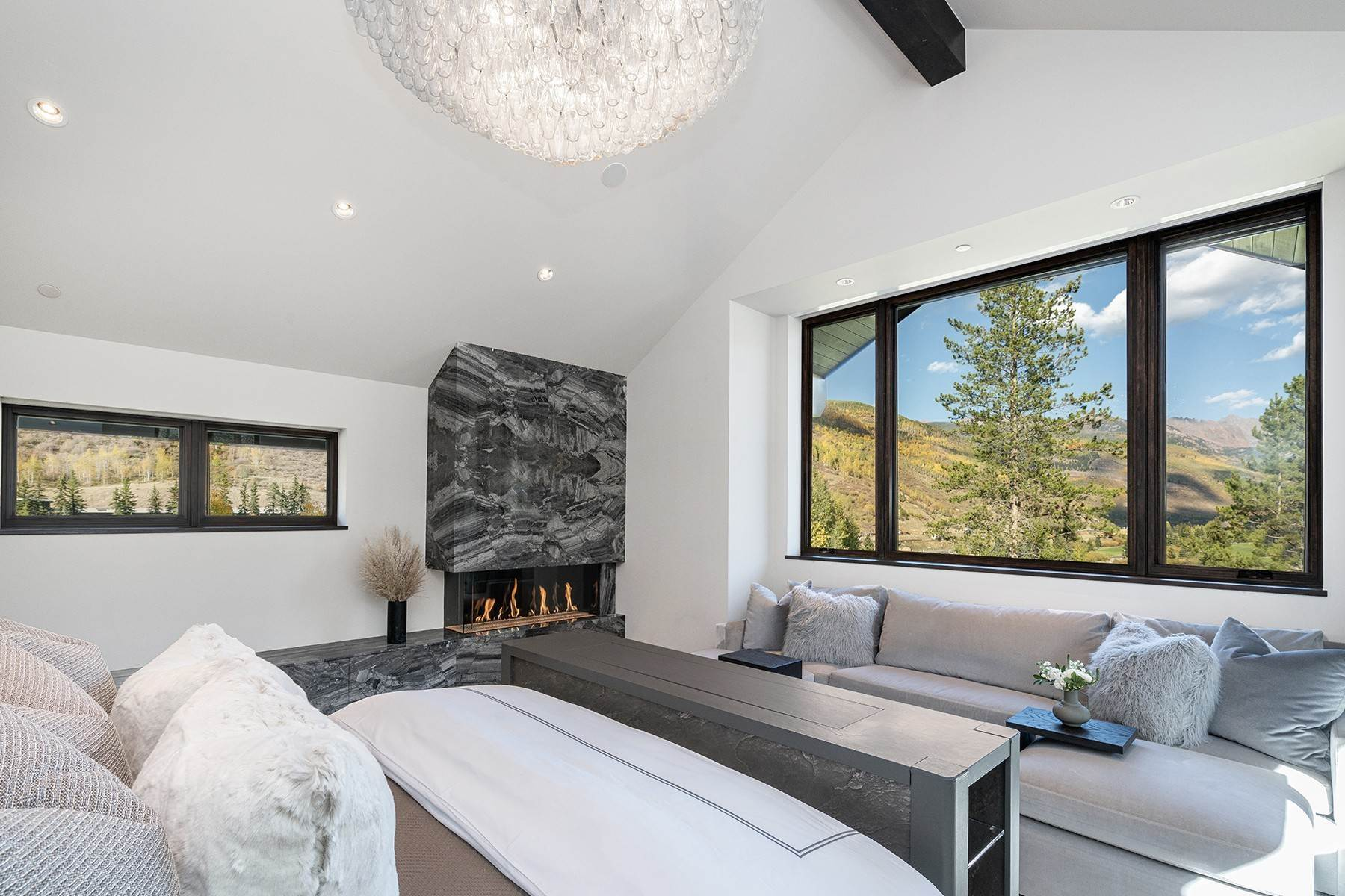 21. Single Family Homes for Active at Legendary Mountain Living 1183 Cabin Circle Vail, Colorado 81657 United States