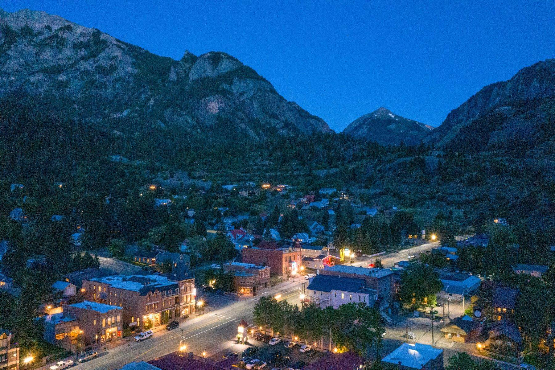 39. Single Family Homes for Active at The Beaumont Hotel 505 Main Street Ouray, Colorado 81427 United States