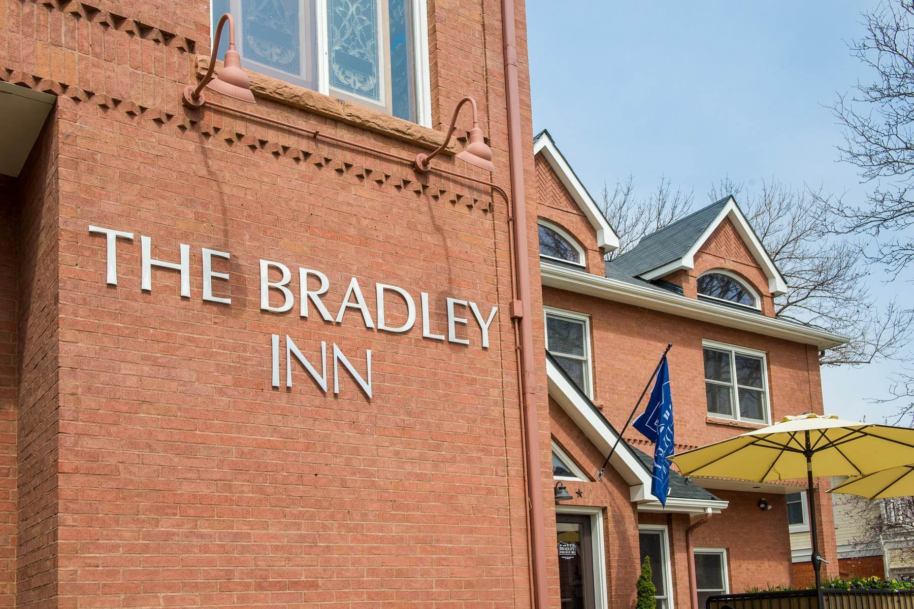 7. Single Family Homes for Active at The Bradley Boulder Inn 2040 16th St Boulder, Colorado 80302 United States