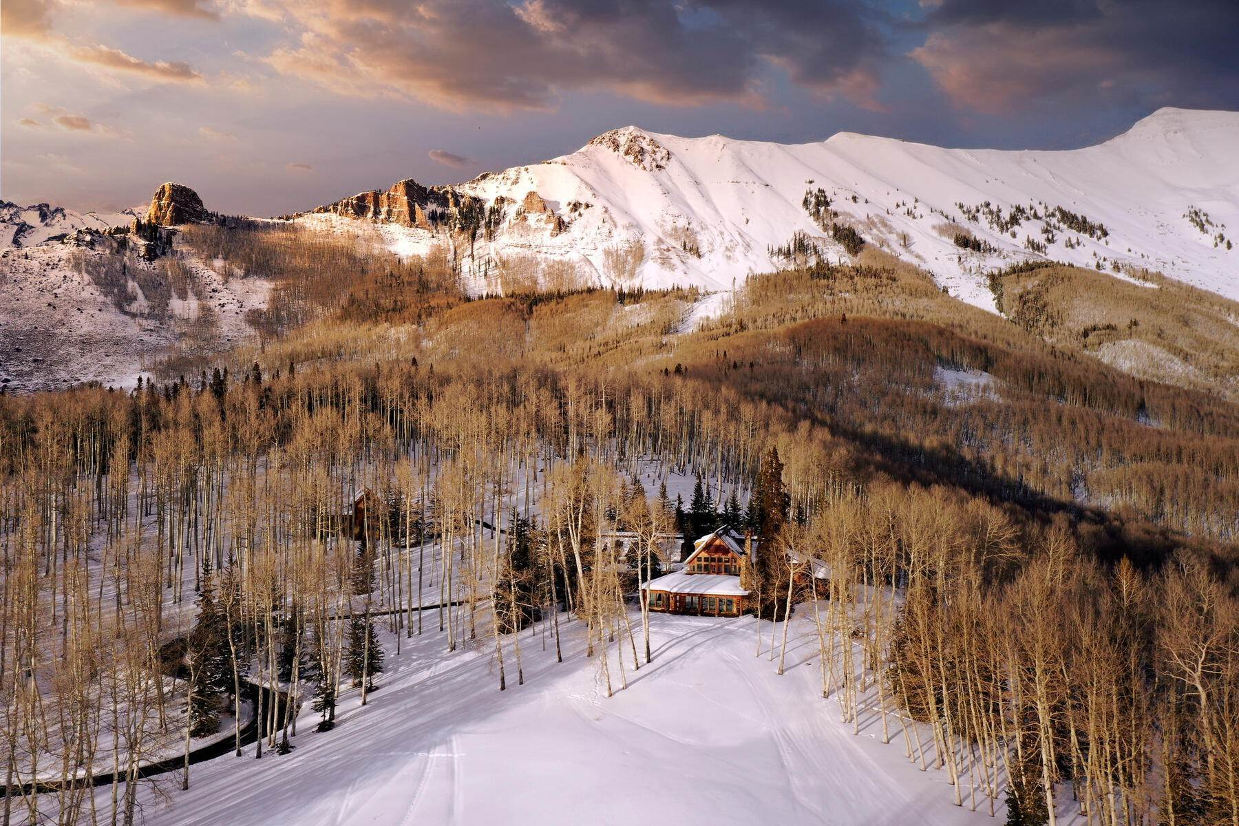 2. Single Family Homes for Active at Luxury Meets Legend 115 Francisco Way Telluride, Colorado 81435 United States