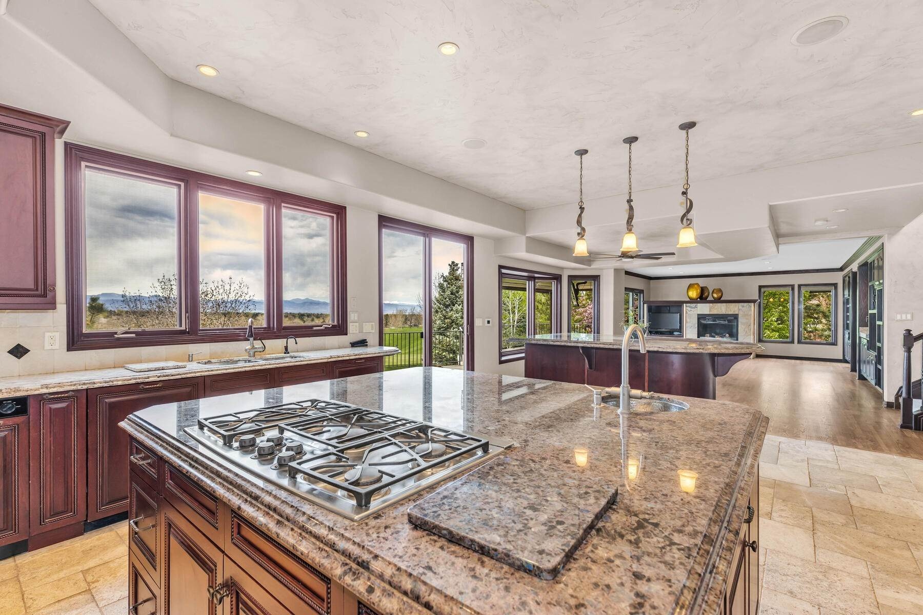 Single Family Homes for Active at Impressive Heritage Greens Estate with Golf Course & Mountain Views! 7921 S Eudora Circle Centennial, Colorado 80122 United States