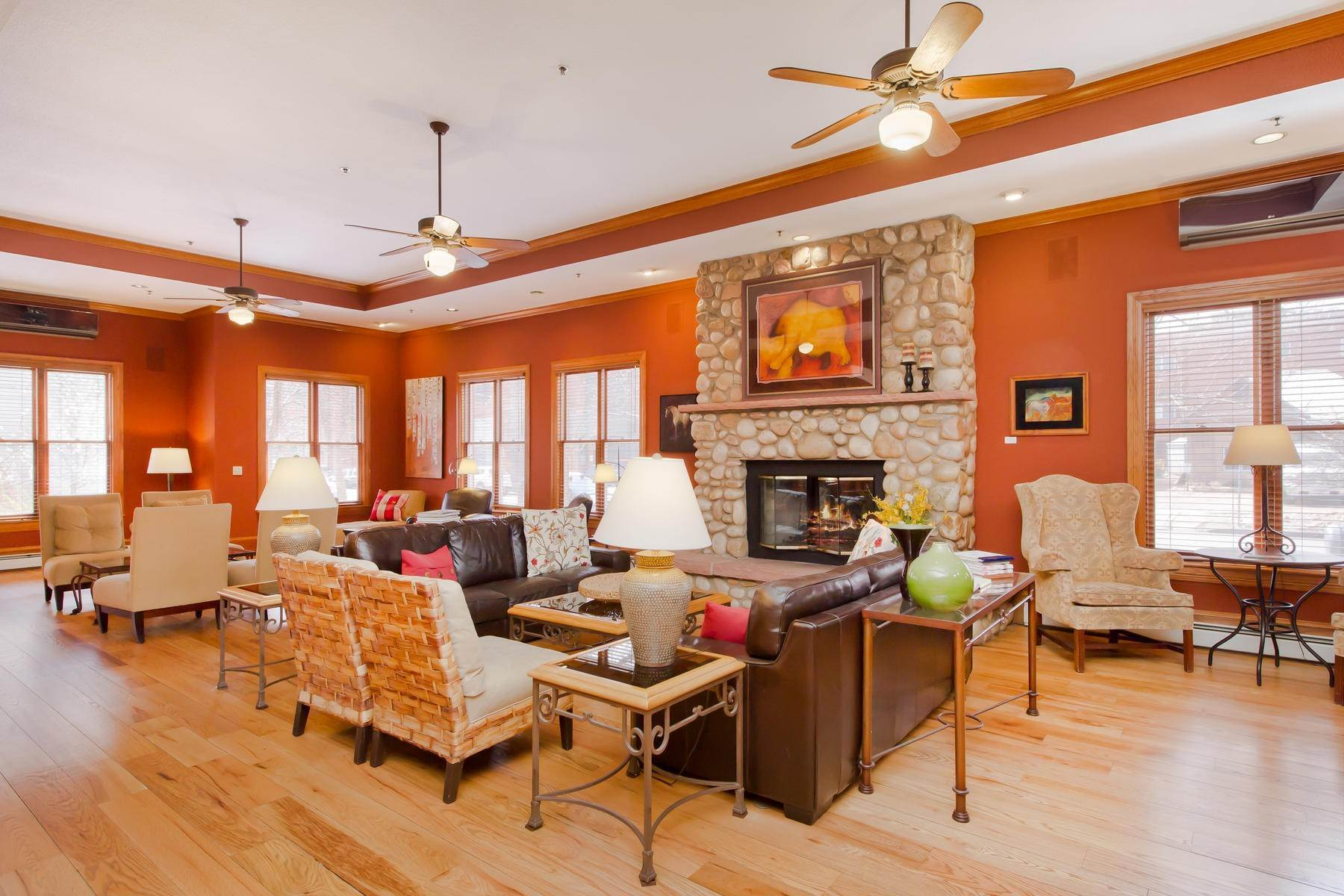 9. Single Family Homes for Active at The Bradley Boulder Inn 2040 16th St Boulder, Colorado 80302 United States