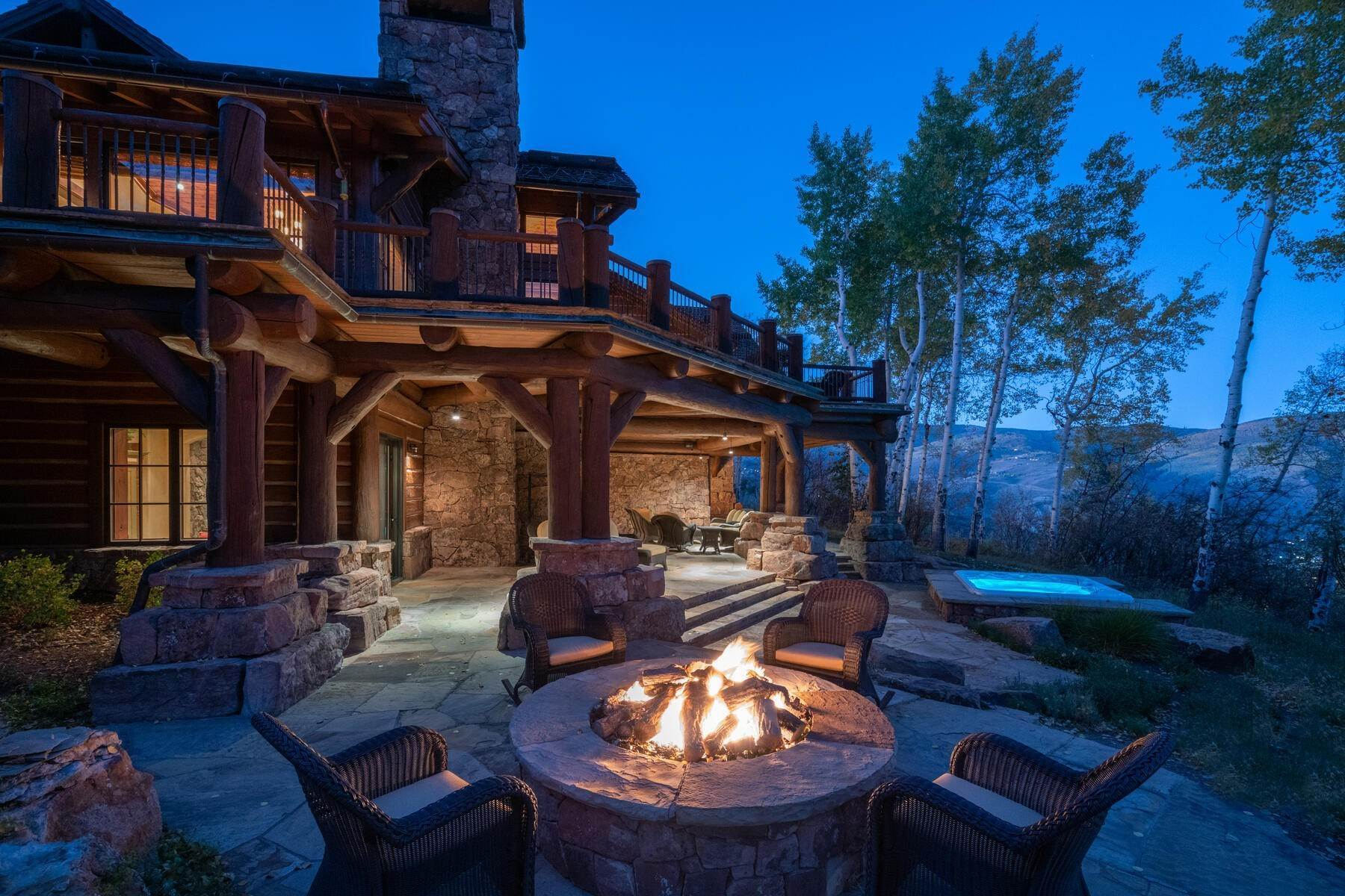 7. Single Family Homes for Active at Ski-in, ski-out residence with panoramic views 602 Bachelor Ridge Road Beaver Creek, Colorado 81620 United States