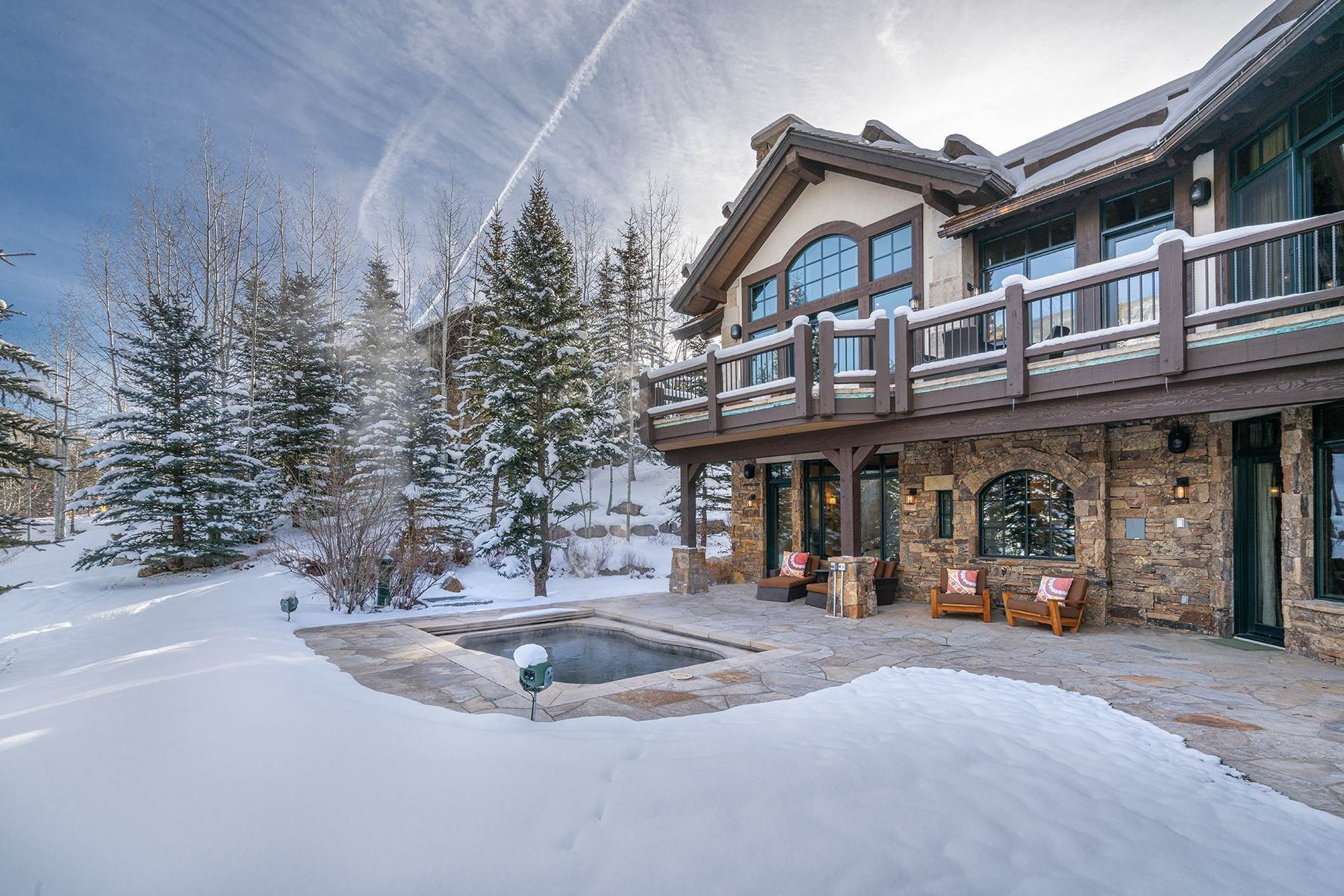 23. Single Family Homes for Active at Coveted Ski-In/Ski-Out in Vail 615 Forest Place Vail, Colorado 81657 United States