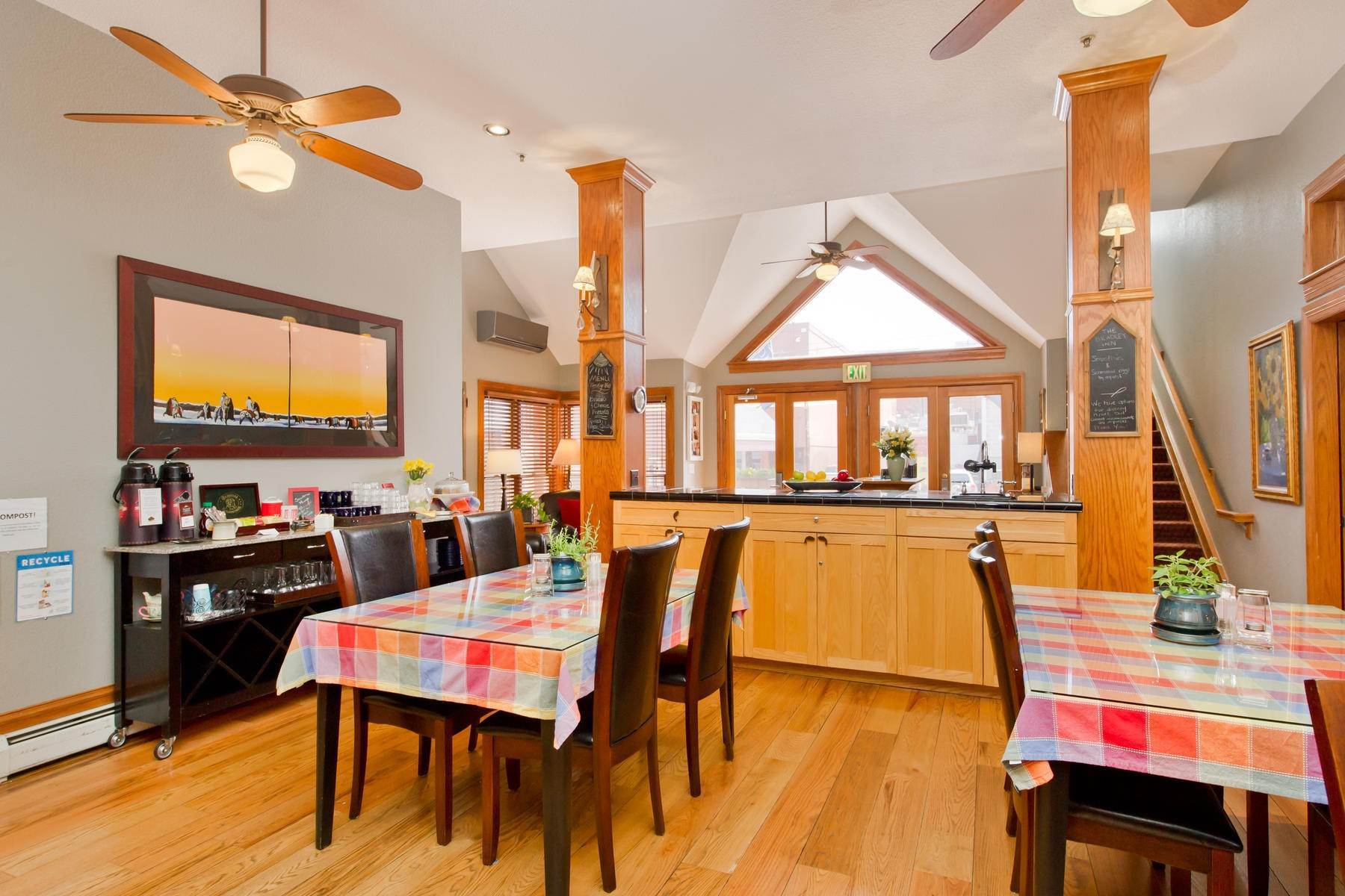16. Single Family Homes for Active at The Bradley Boulder Inn 2040 16th St Boulder, Colorado 80302 United States