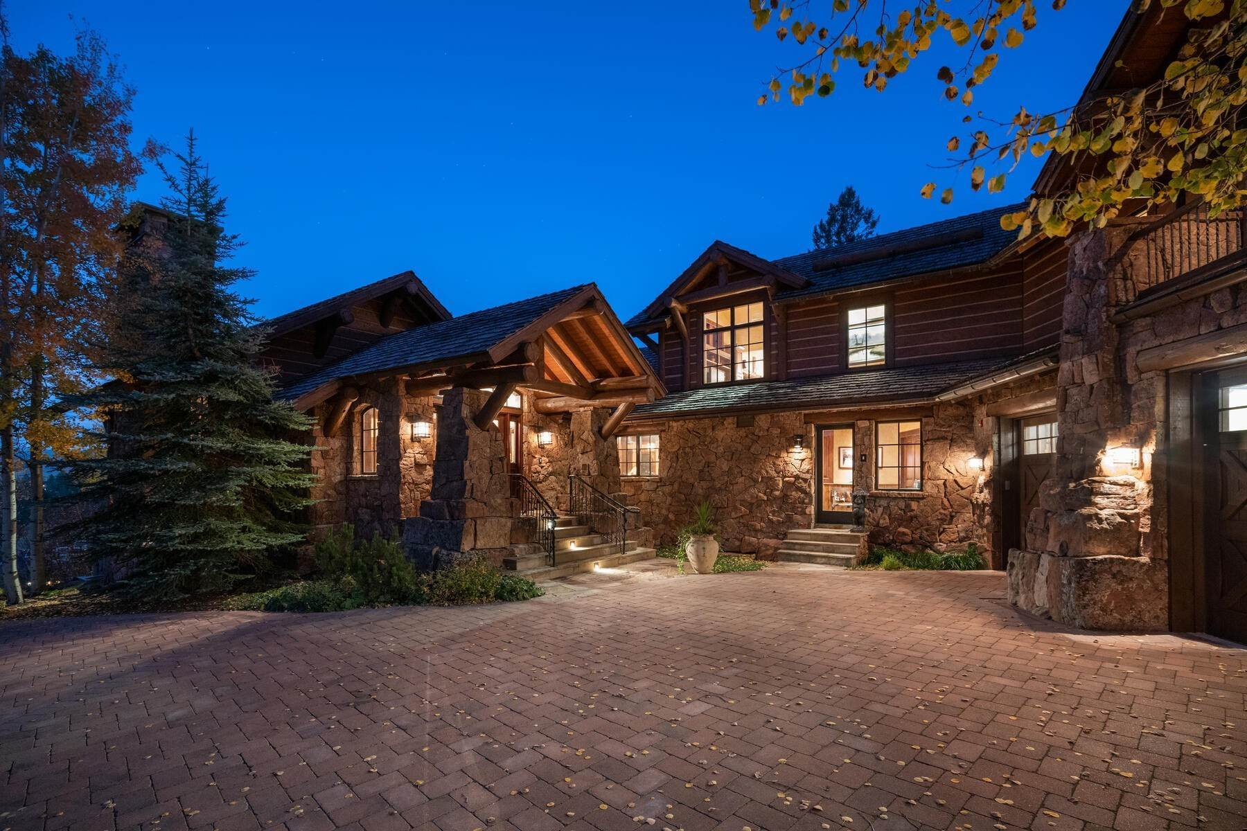 4. Single Family Homes for Active at Ski-in, ski-out residence with panoramic views 602 Bachelor Ridge Road Beaver Creek, Colorado 81620 United States