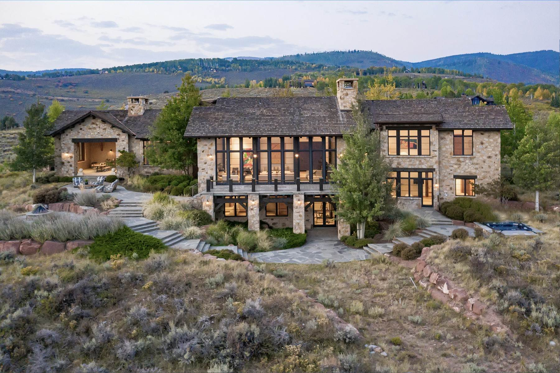 Single Family Homes for Active at Modern Mountaintop Luxury with Spectacular Views 587 Paintbrush Avon, Colorado 81620 United States