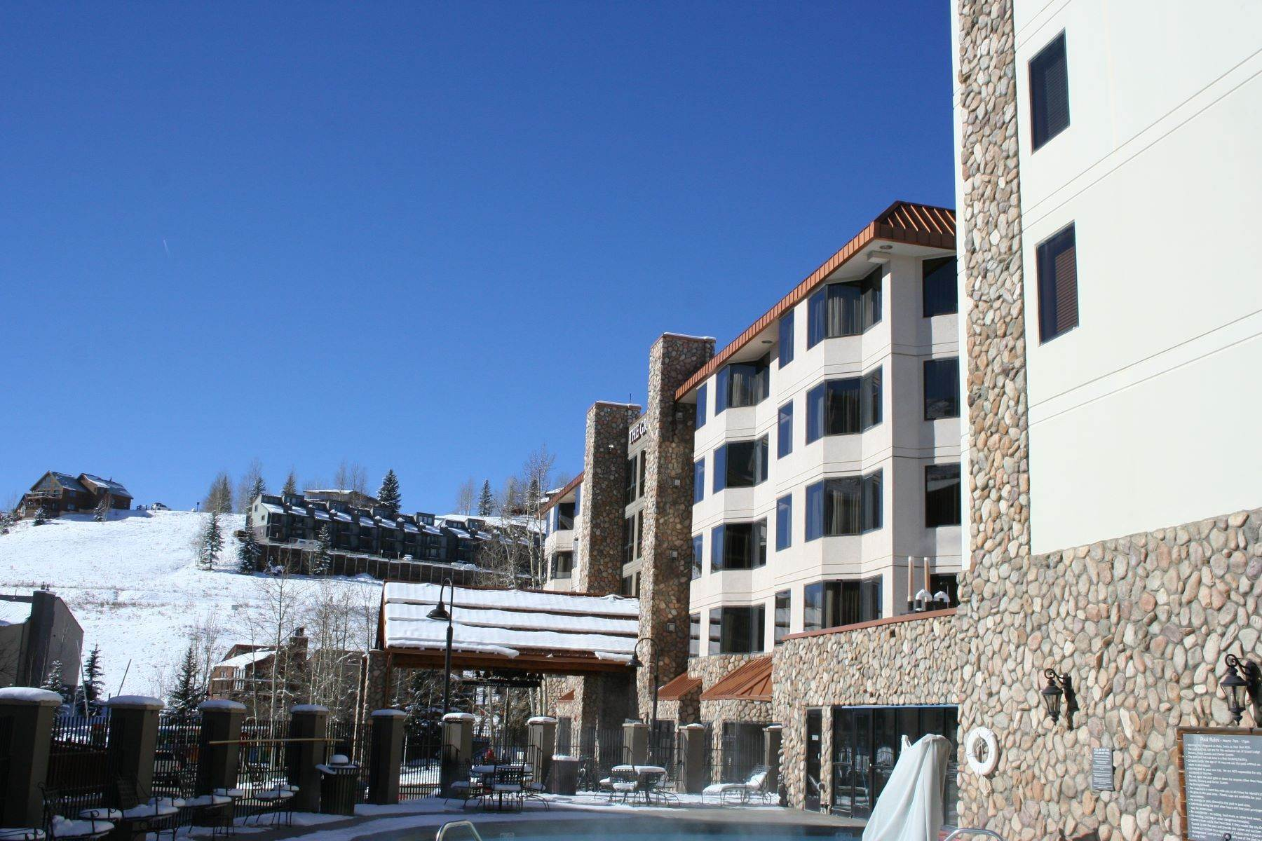 Property for Active at King Suite Unit with Great Views and Easy Ski Access 6 Emmons Road, Unit 568 Mount Crested Butte, Colorado 81225 United States