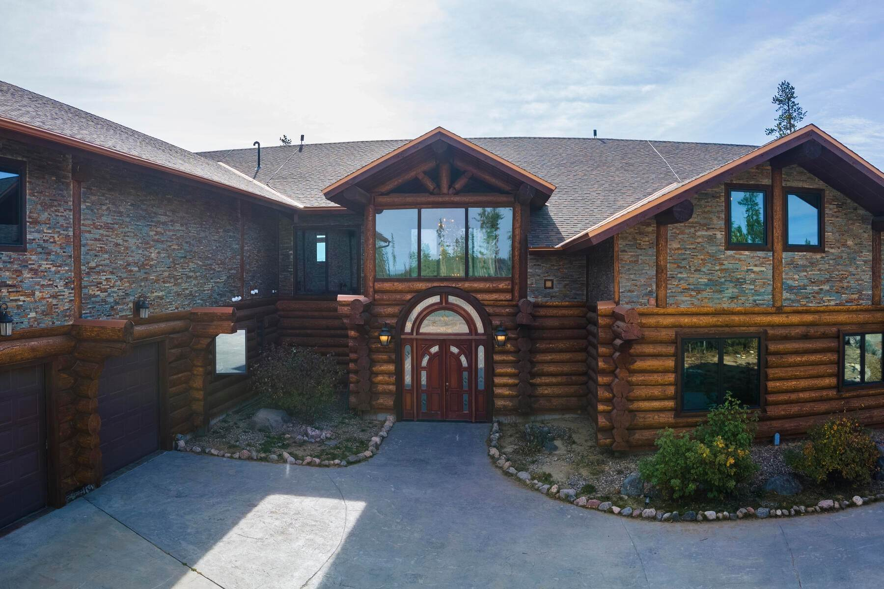 Single Family Homes for Active at Majestic Log Home 119 GCR 5194 Fraser, Colorado 80442 United States