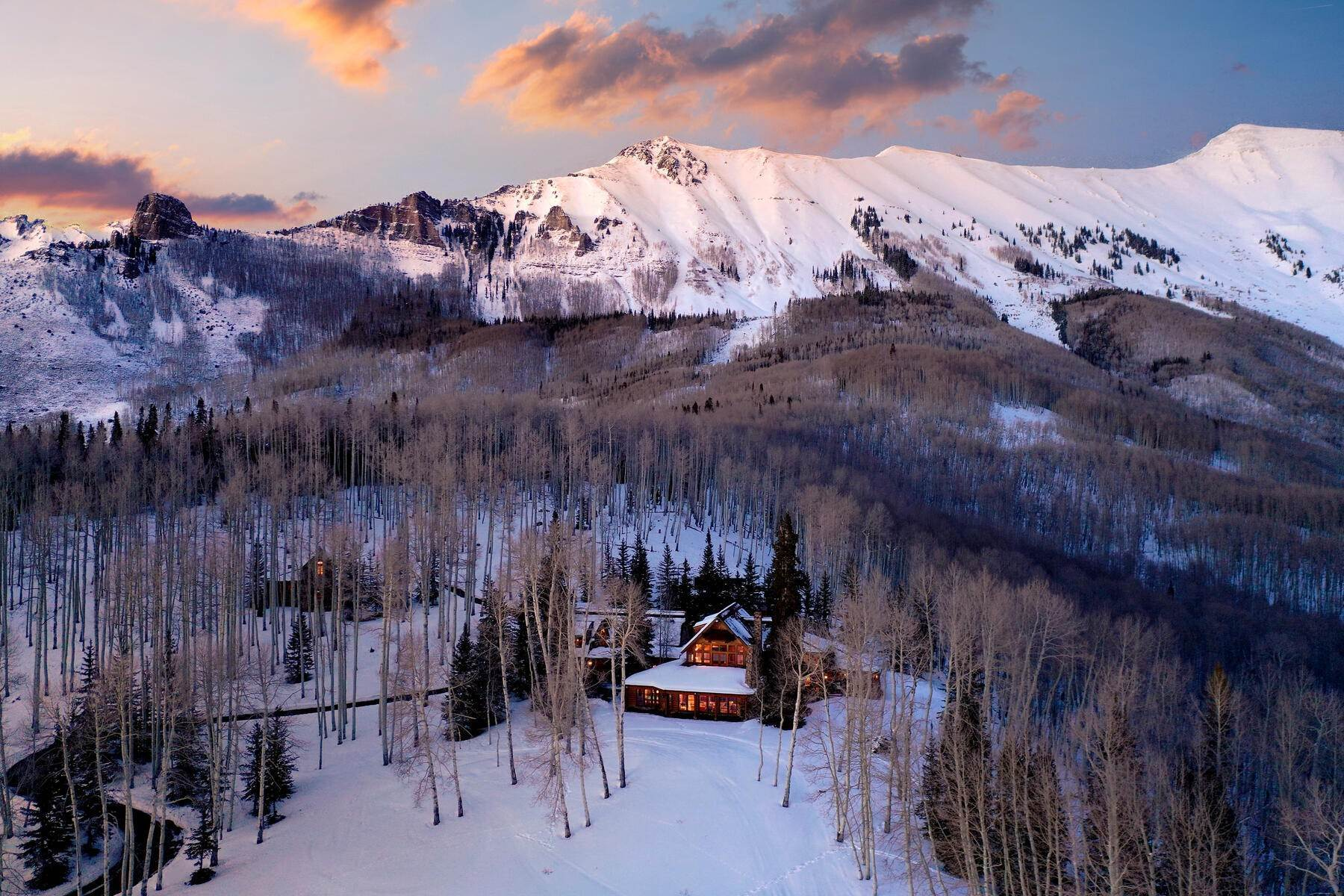 3. Single Family Homes for Active at Luxury Meets Legend 115 Francisco Way Telluride, Colorado 81435 United States
