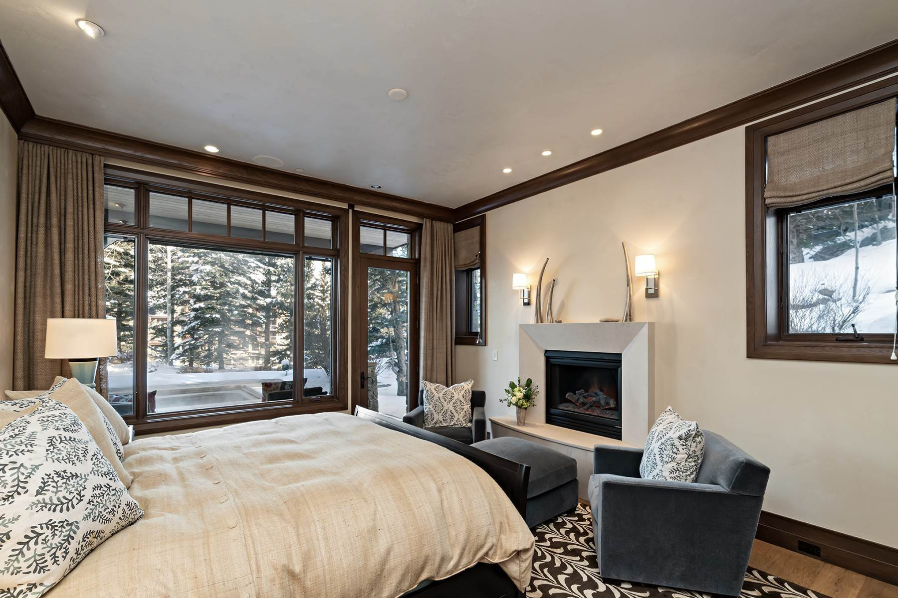 25. Single Family Homes for Active at Coveted Ski-In/Ski-Out in Vail 615 Forest Place Vail, Colorado 81657 United States