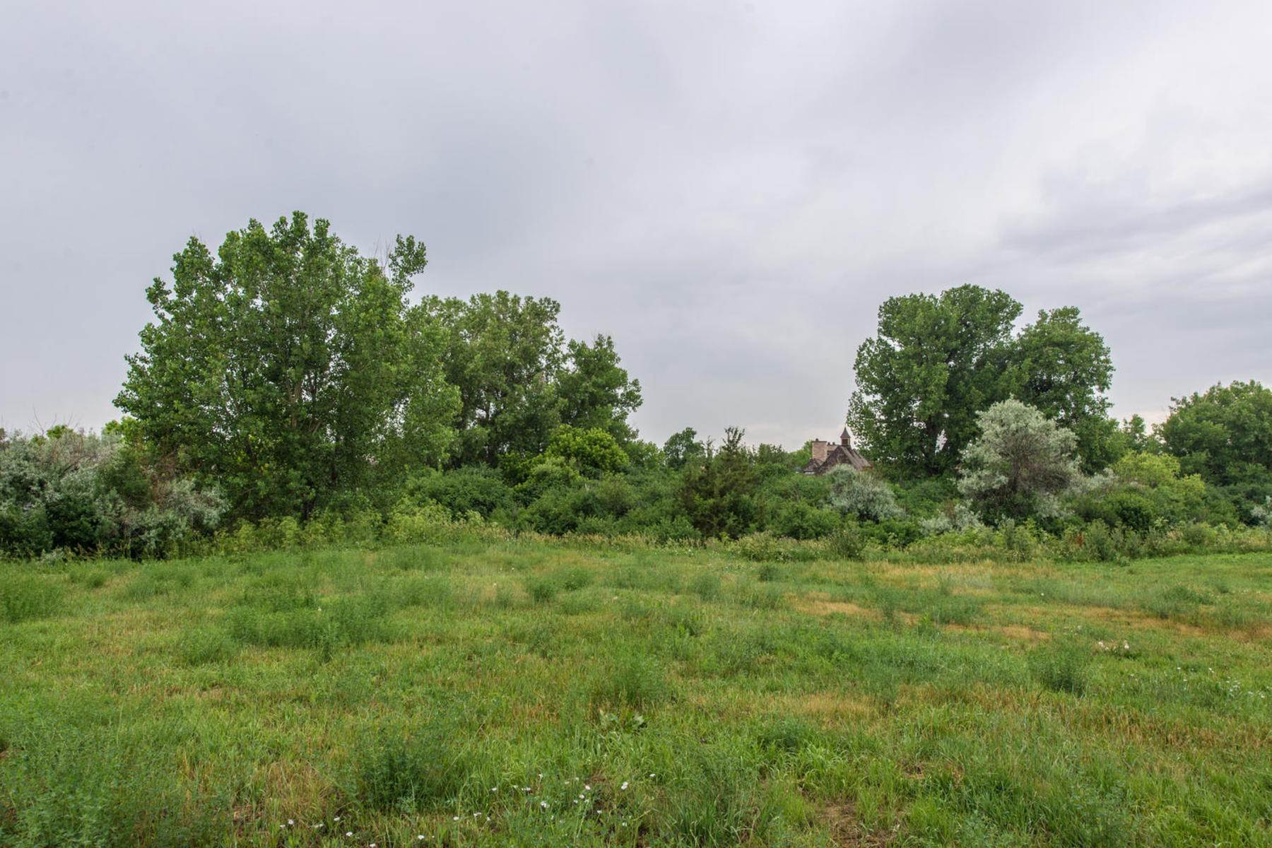Land for Active at LAND AND PLANS!..INCREDIBLE BUILDING OPPORTUNITY IN THE BUELL. 2 Ravenswood Road Englewood, Colorado 80113 United States